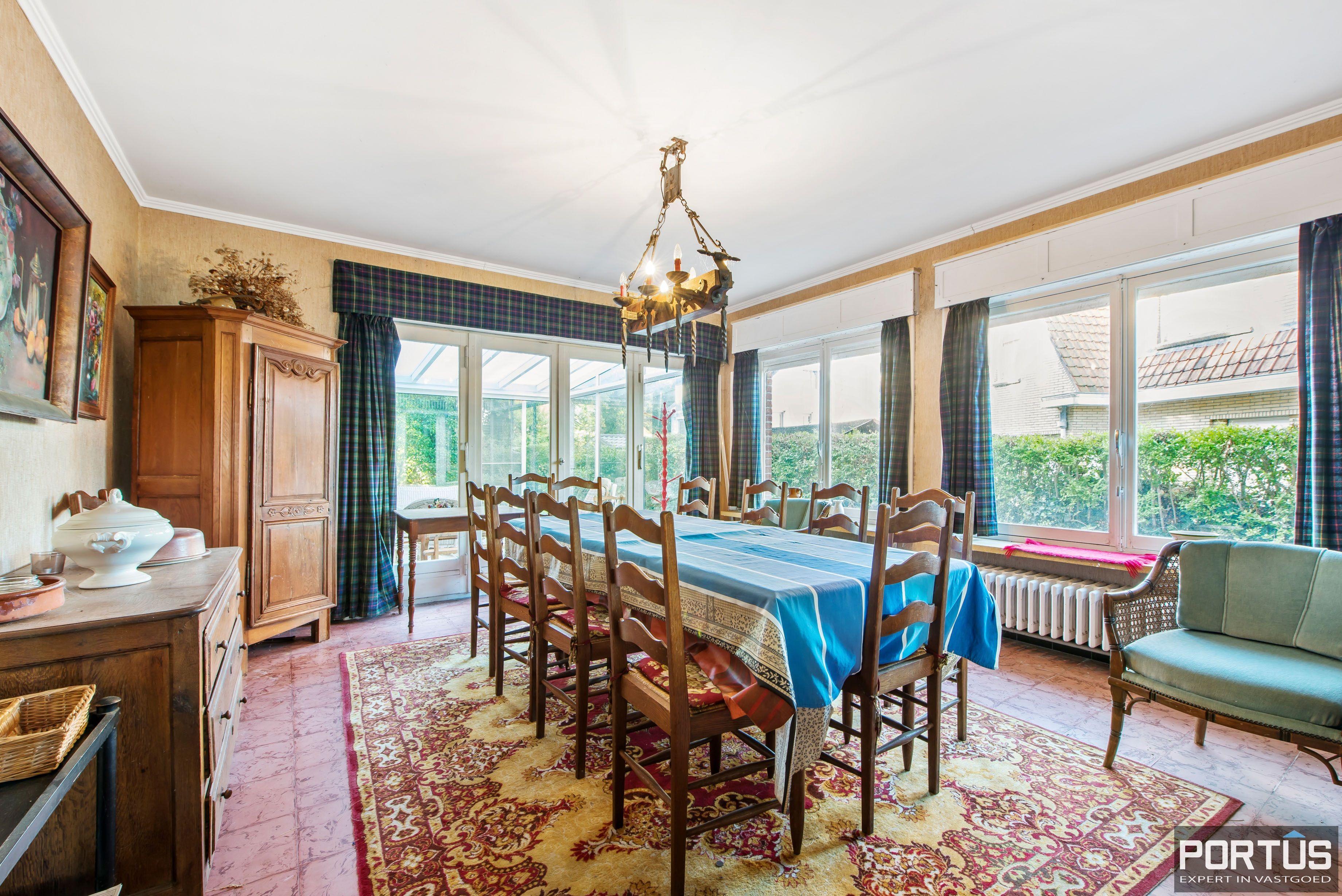 Te renoveren kustvilla te koop te Sint-Idesbald - 8803