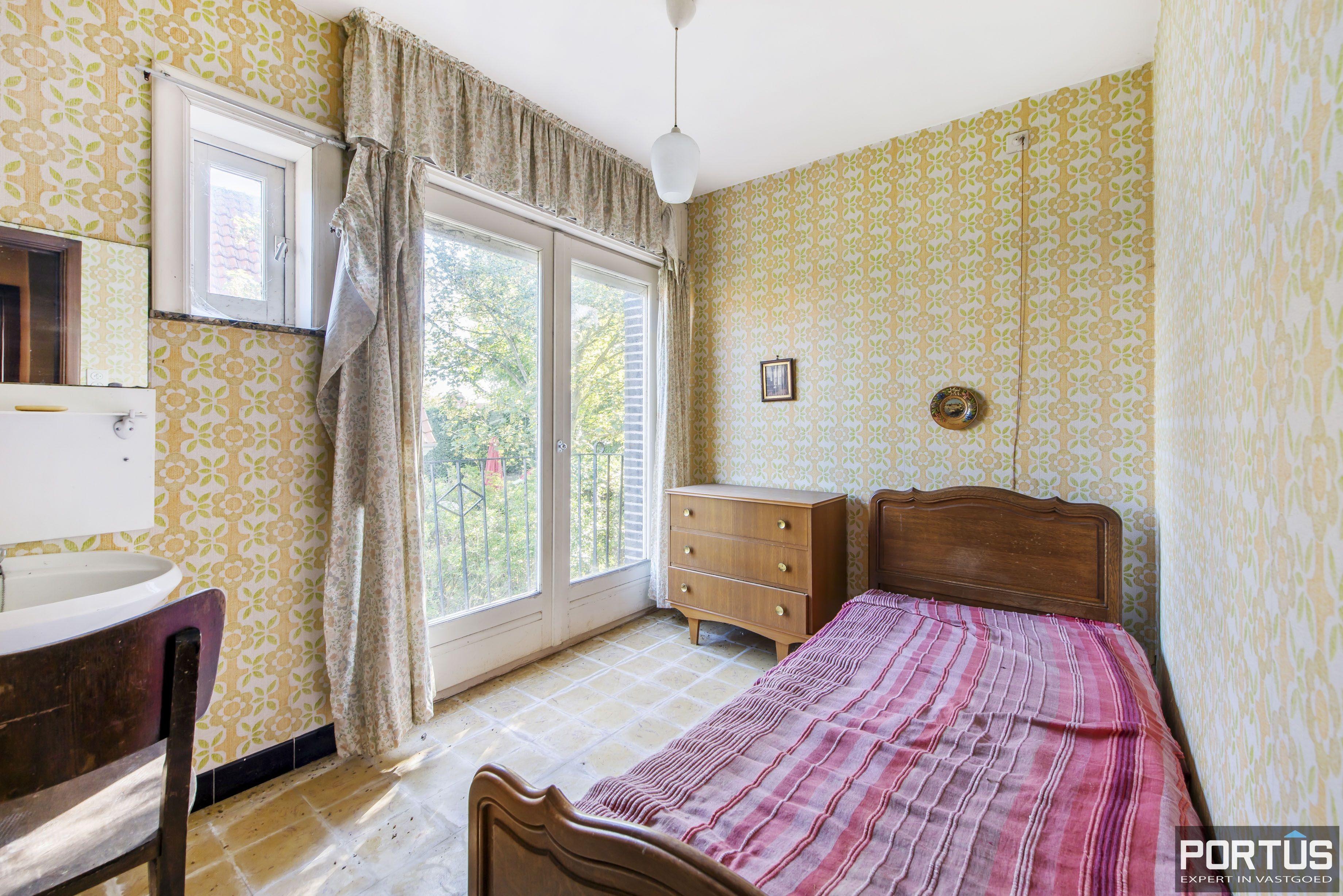 Te renoveren kustvilla te koop te Sint-Idesbald - 8810