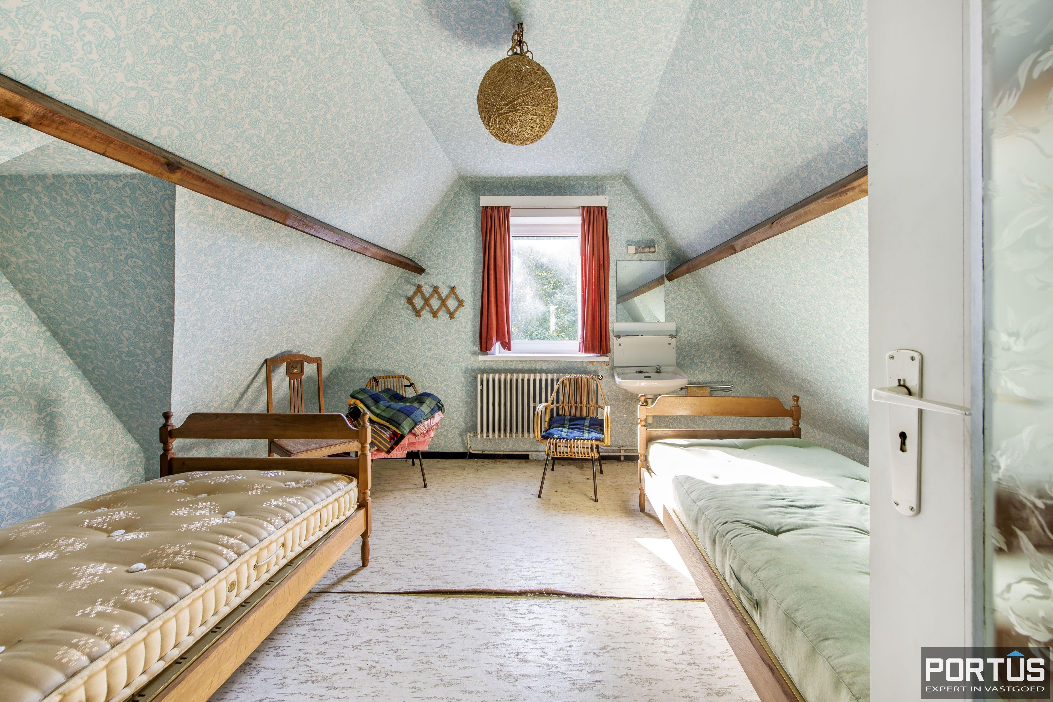 Te renoveren kustvilla te koop te Sint-Idesbald - 8817