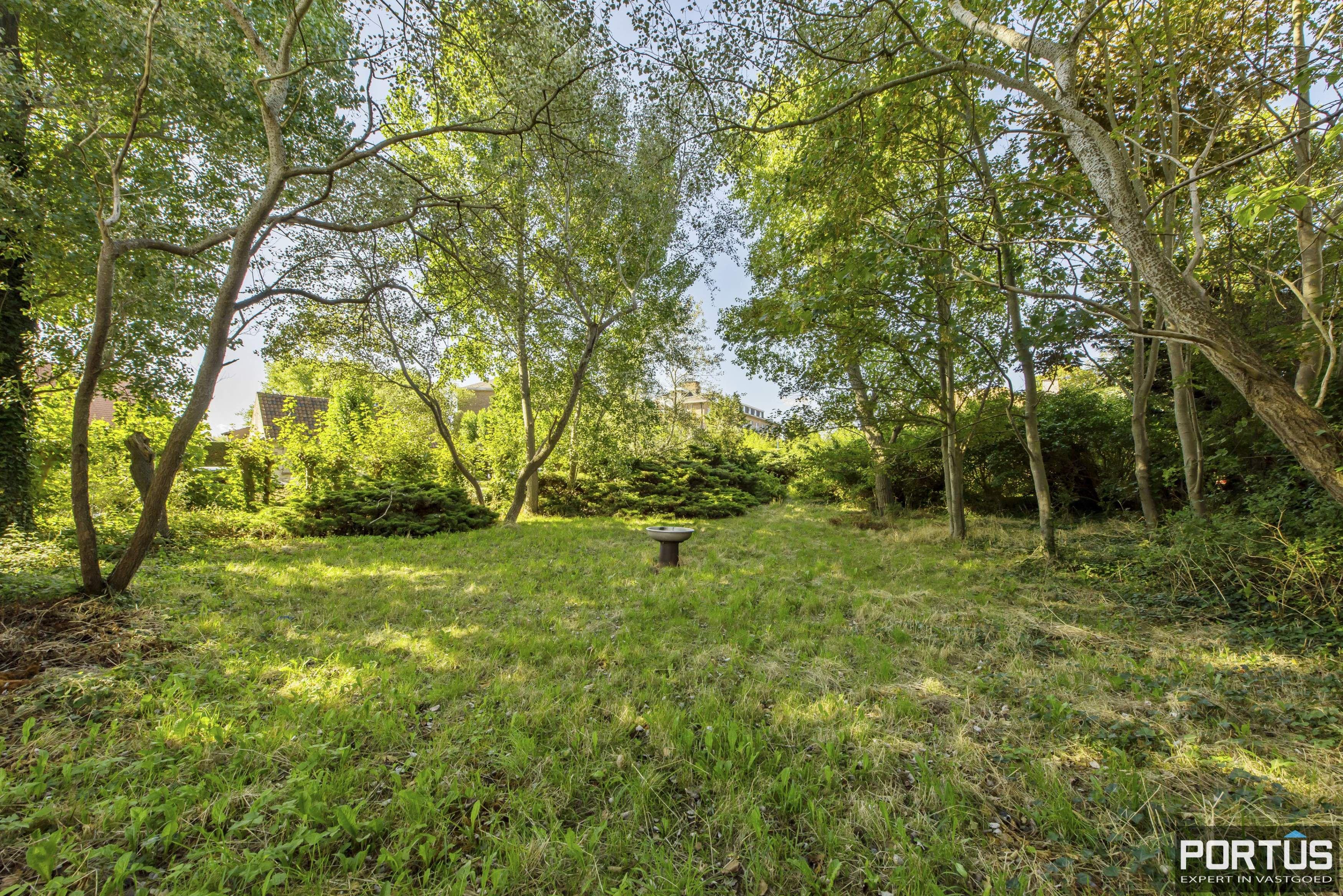 Te renoveren kustvilla te koop te Sint-Idesbald - 8985