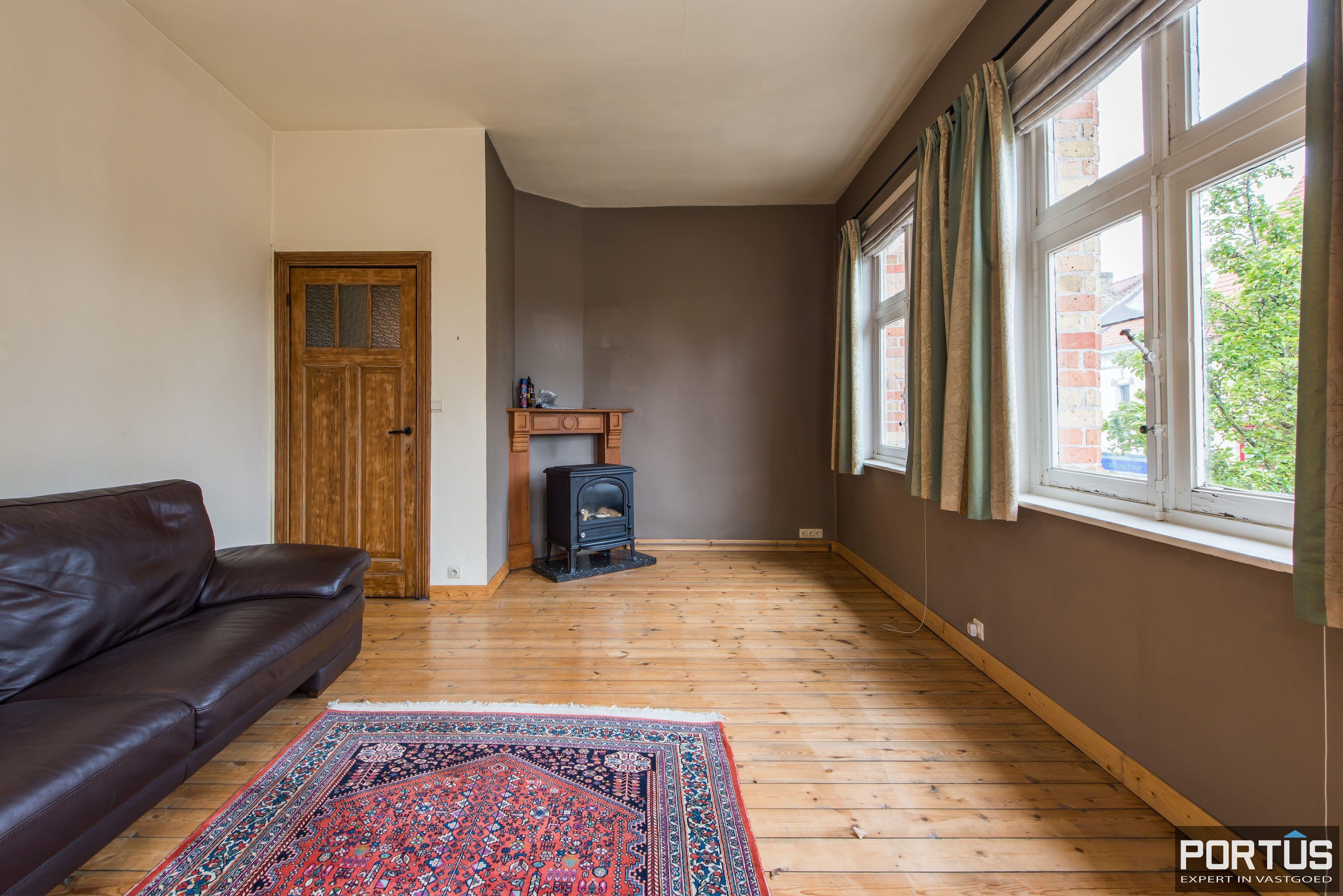 Handelshuis op commerciële ligging te koop te Nieuwpoort-Stad - 8826