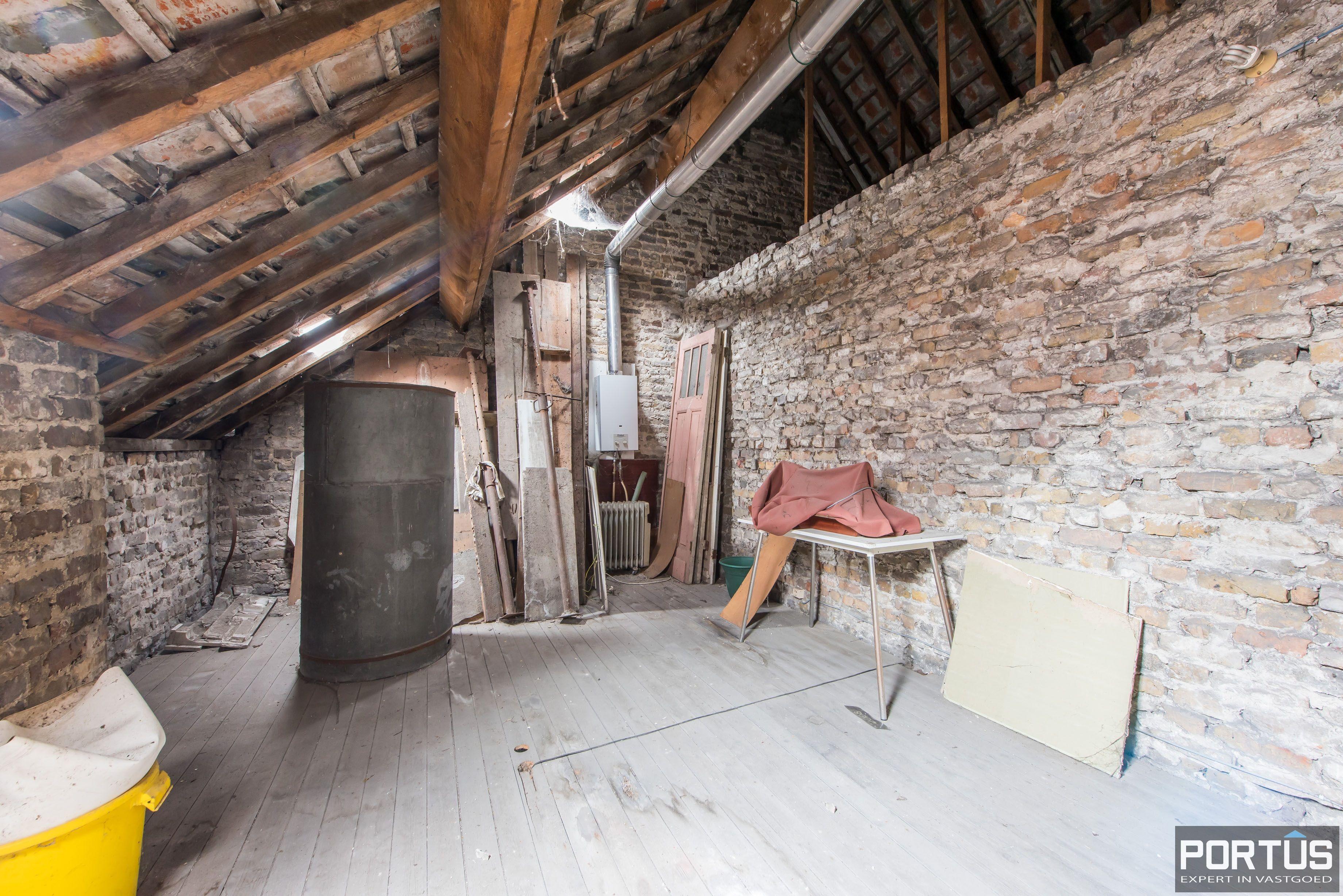 Handelshuis op commerciële ligging te koop te Nieuwpoort-Stad - 8834