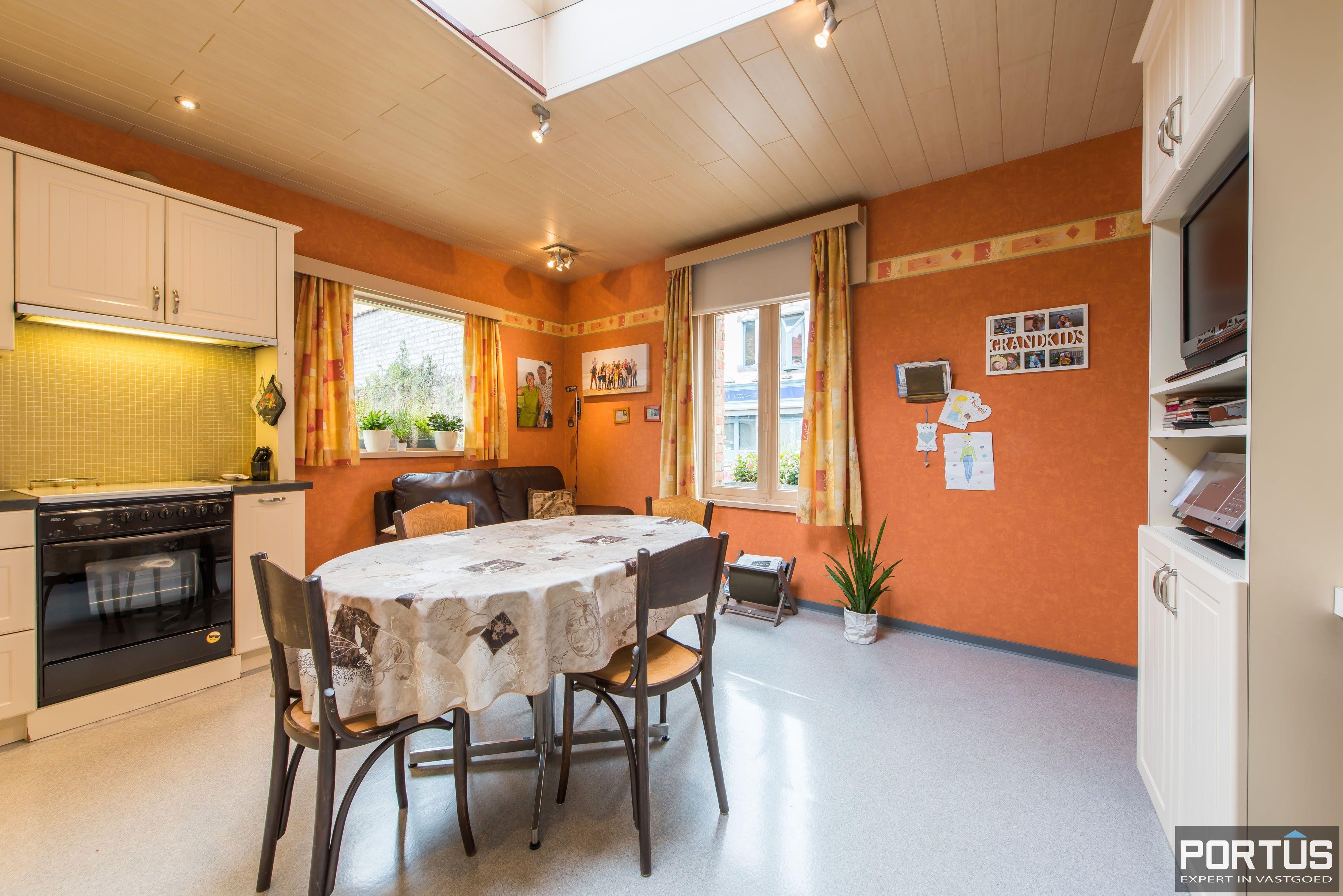 Handelshuis op commerciële ligging te koop te Nieuwpoort-Stad - 8846