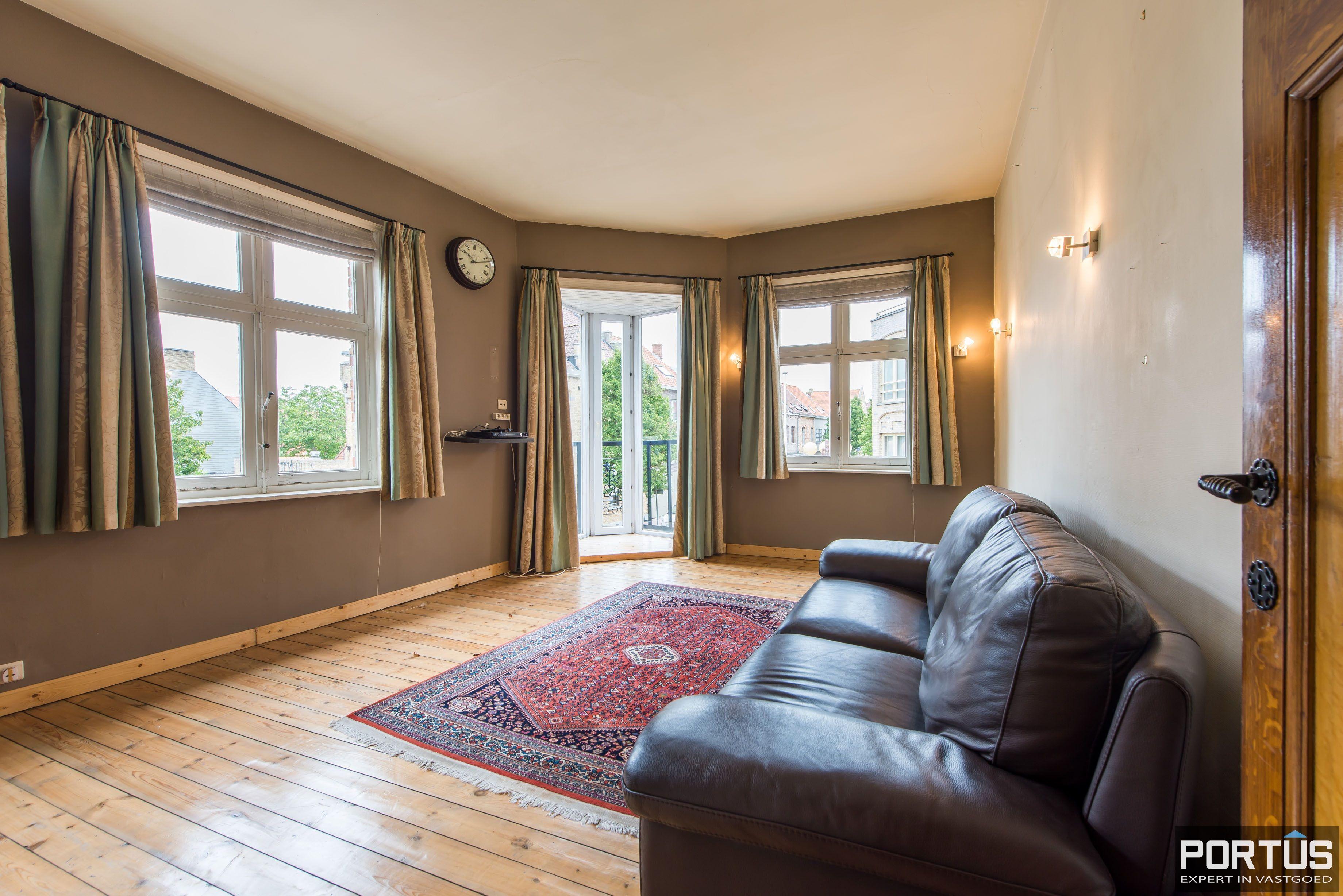 Handelshuis op commerciële ligging te koop te Nieuwpoort-Stad - 8849