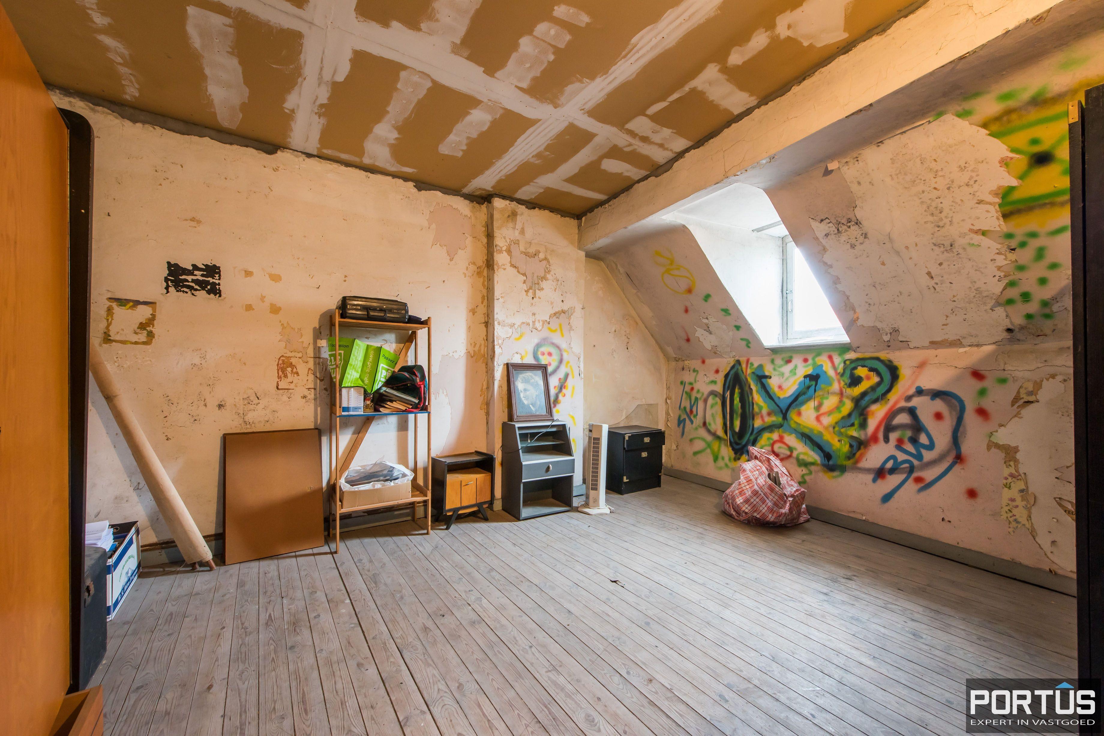 Handelshuis op commerciële ligging te koop te Nieuwpoort-Stad - 9037