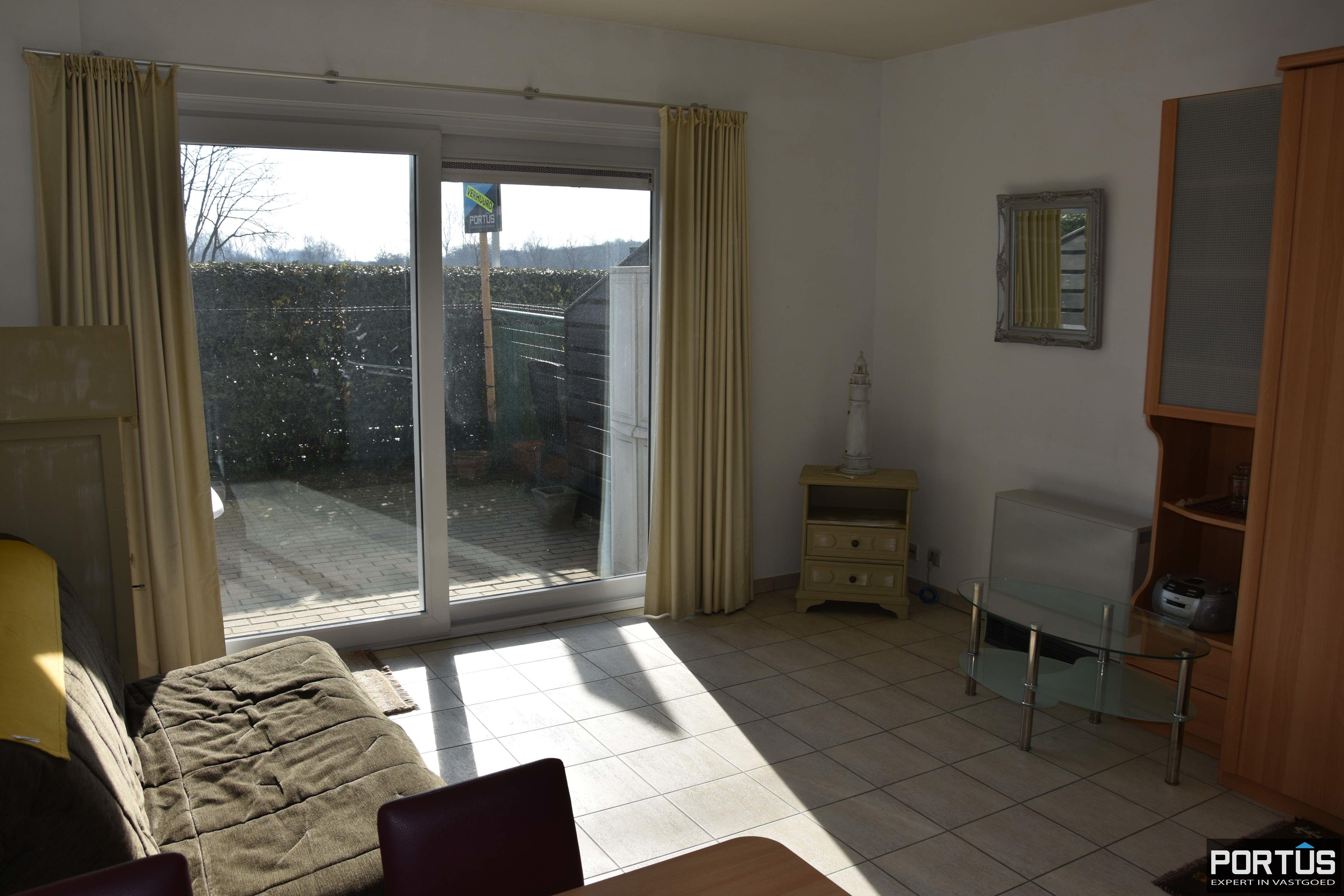Zeer centraal gelegen appartement te huur met slaaphoek en ruim terras - 9216