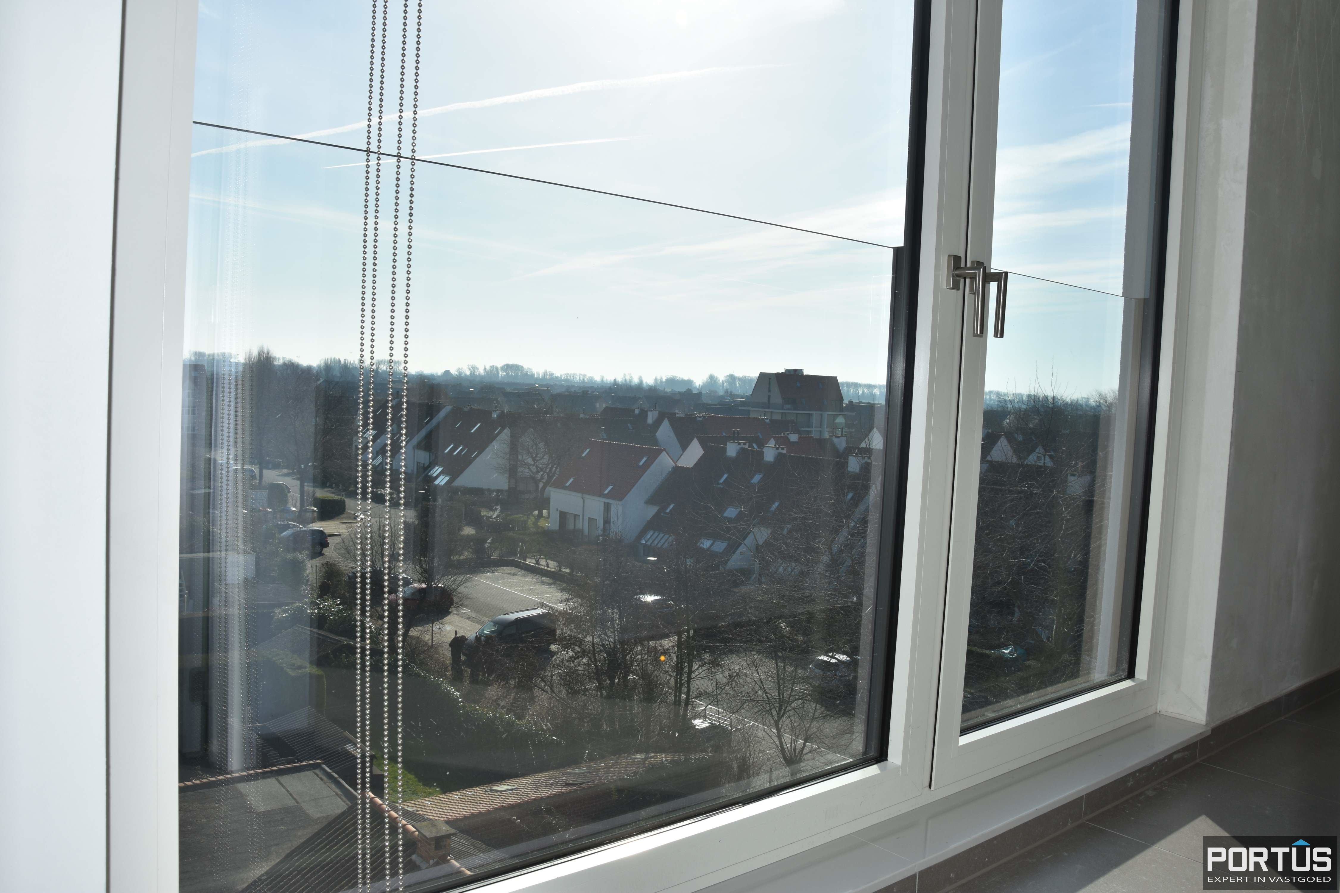 Nieuwbouw duplex-appartement met berging en parking te huur - 9220