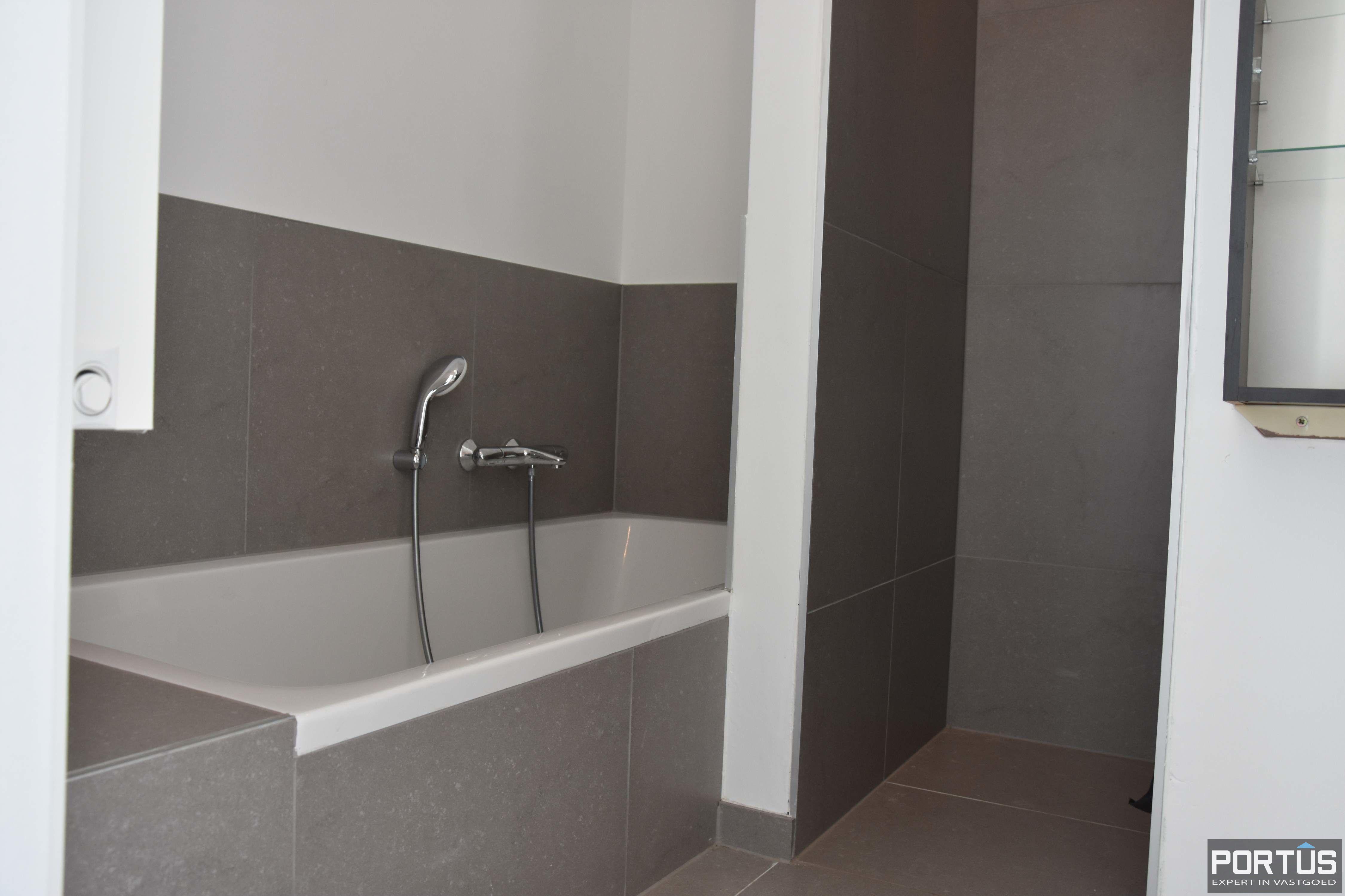 Nieuwbouw duplex-appartement met berging en parking te huur - 9221