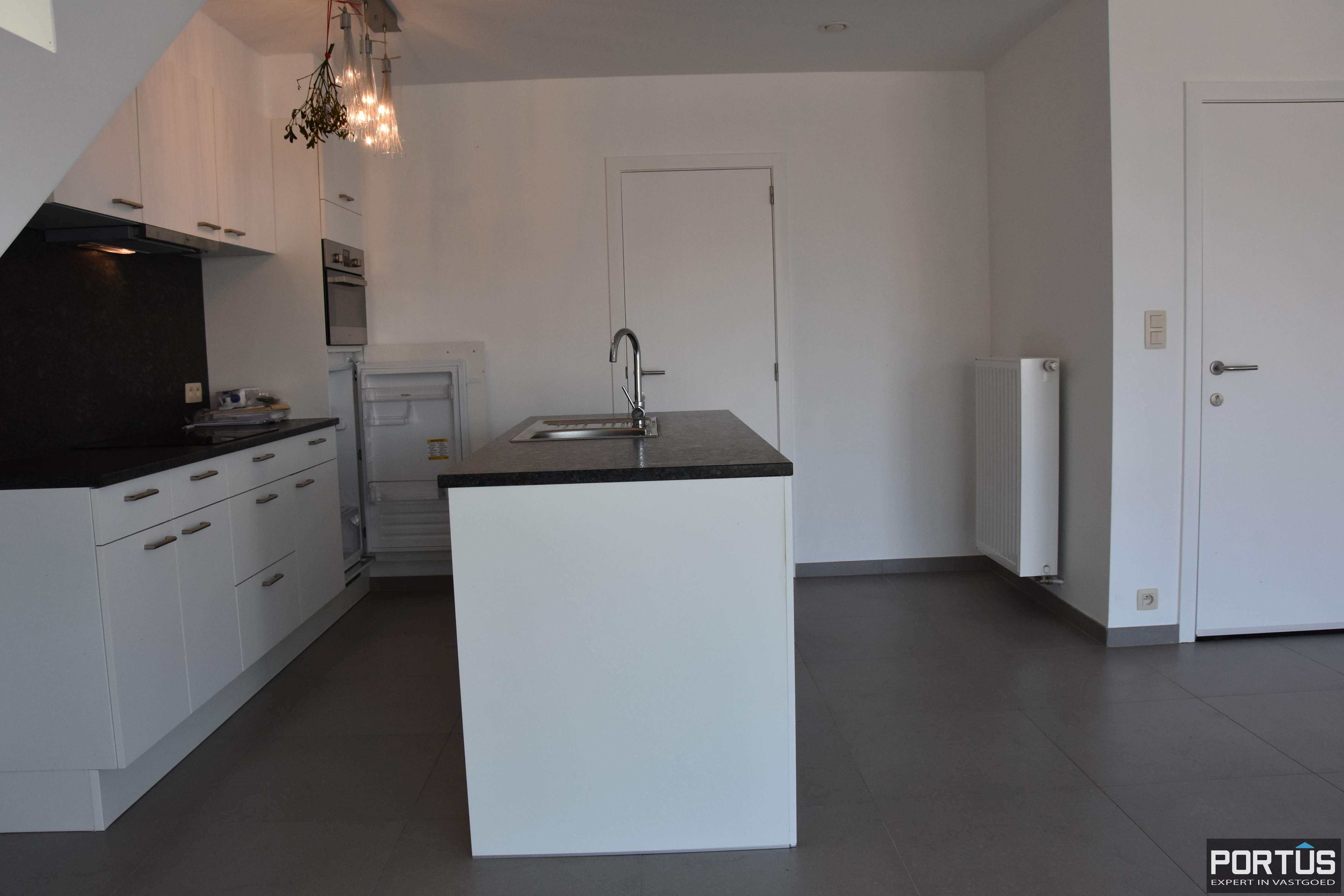 Nieuwbouw duplex-appartement met berging en parking te huur - 9228