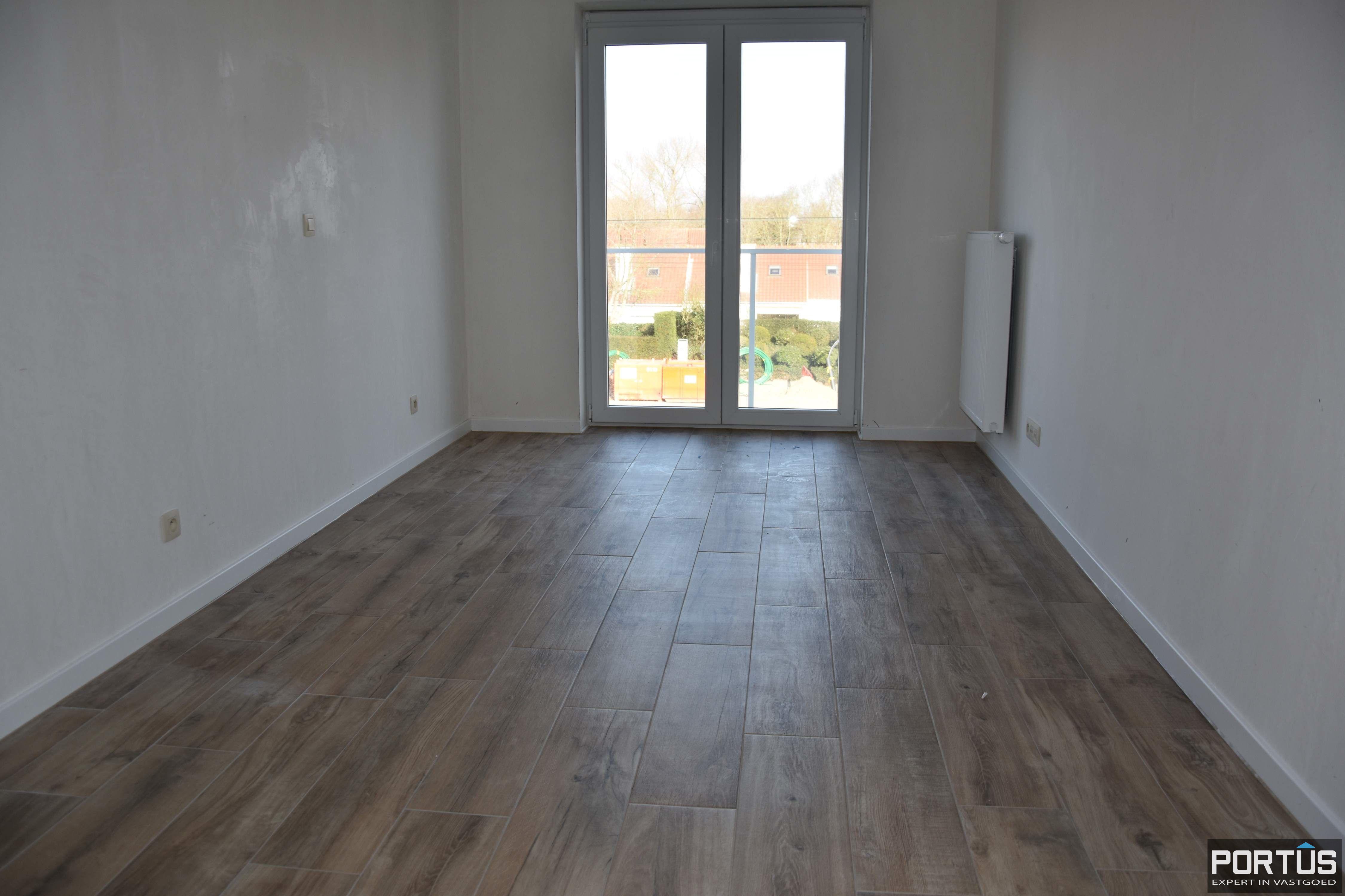 Appartement te koop met 3 slaapkamers, 2 badkamers en groot terras  - 9340