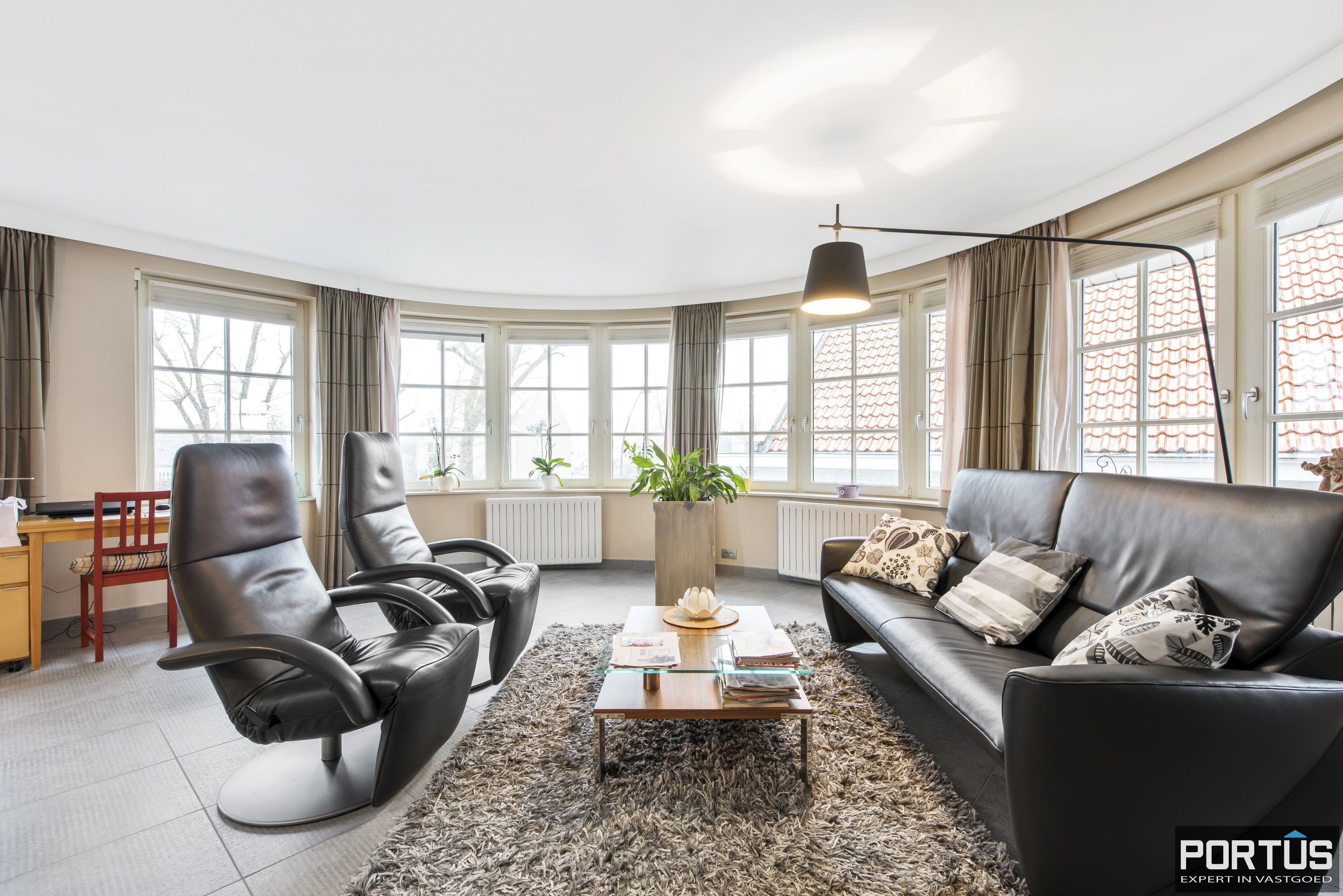 Instapklaar appartement te koop met 2 slaapkamers te Sint-Idesbald