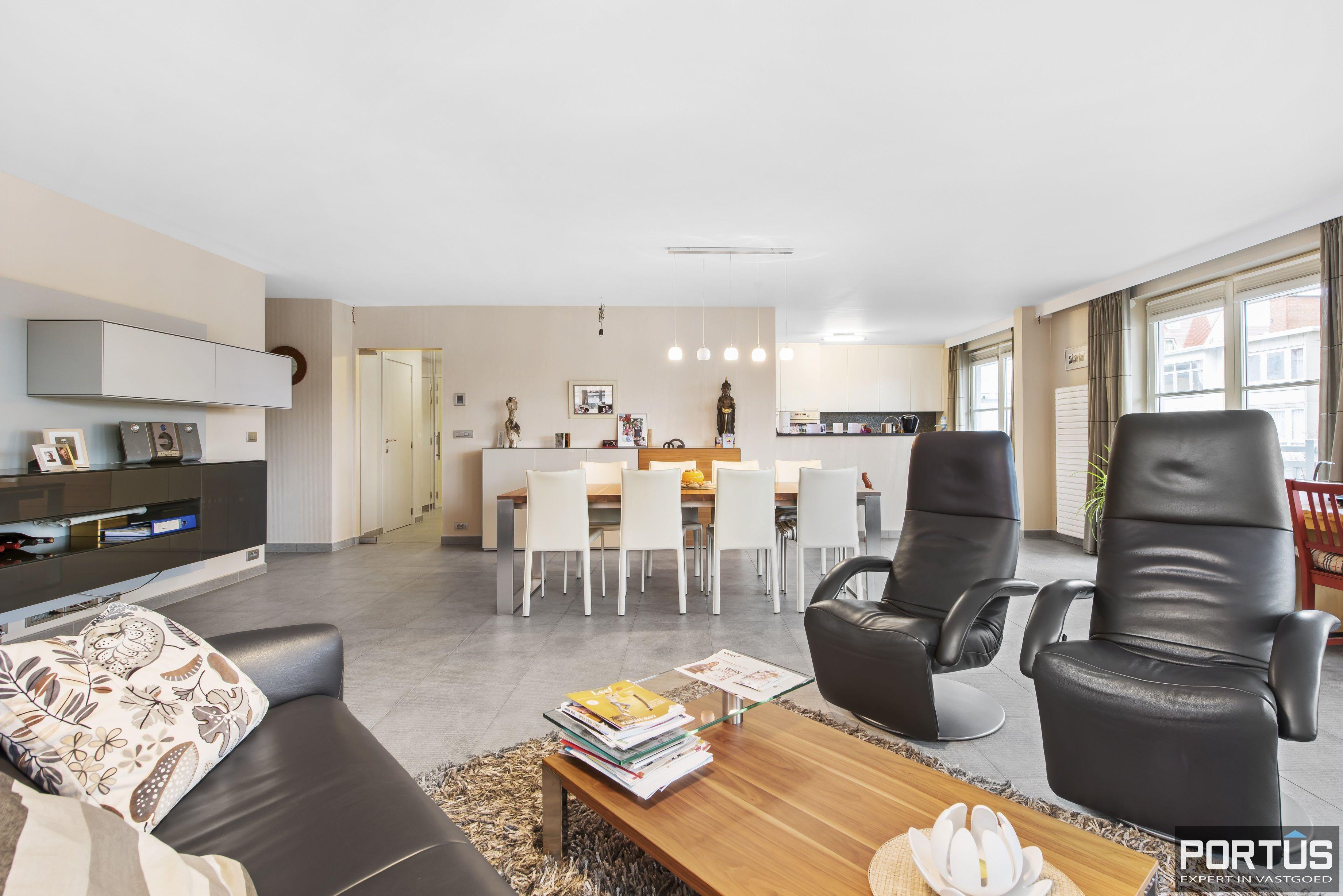 Instapklaar appartement te koop met 2 slaapkamers te Sint-Idesbald - 9405