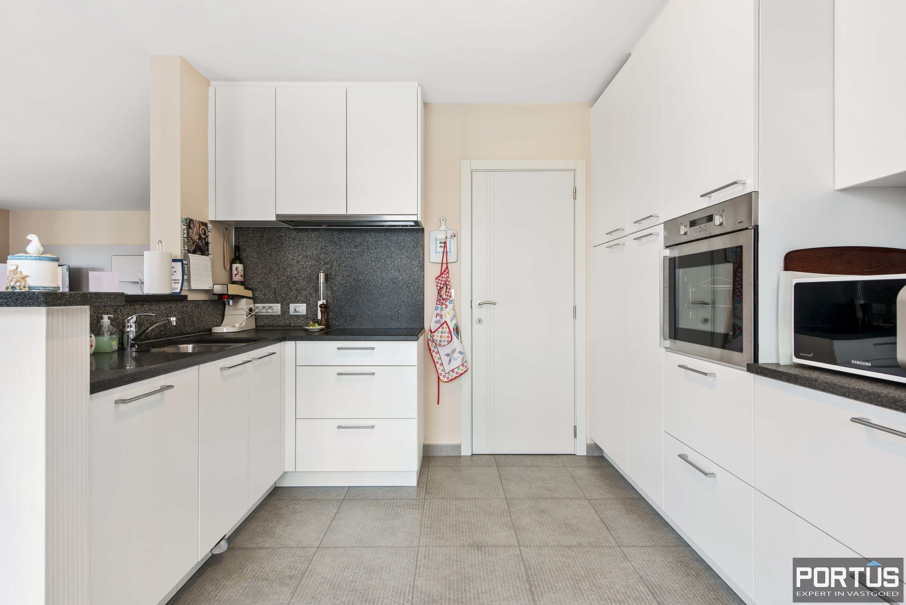 Instapklaar appartement te koop met 2 slaapkamers te Sint-Idesbald - 9407