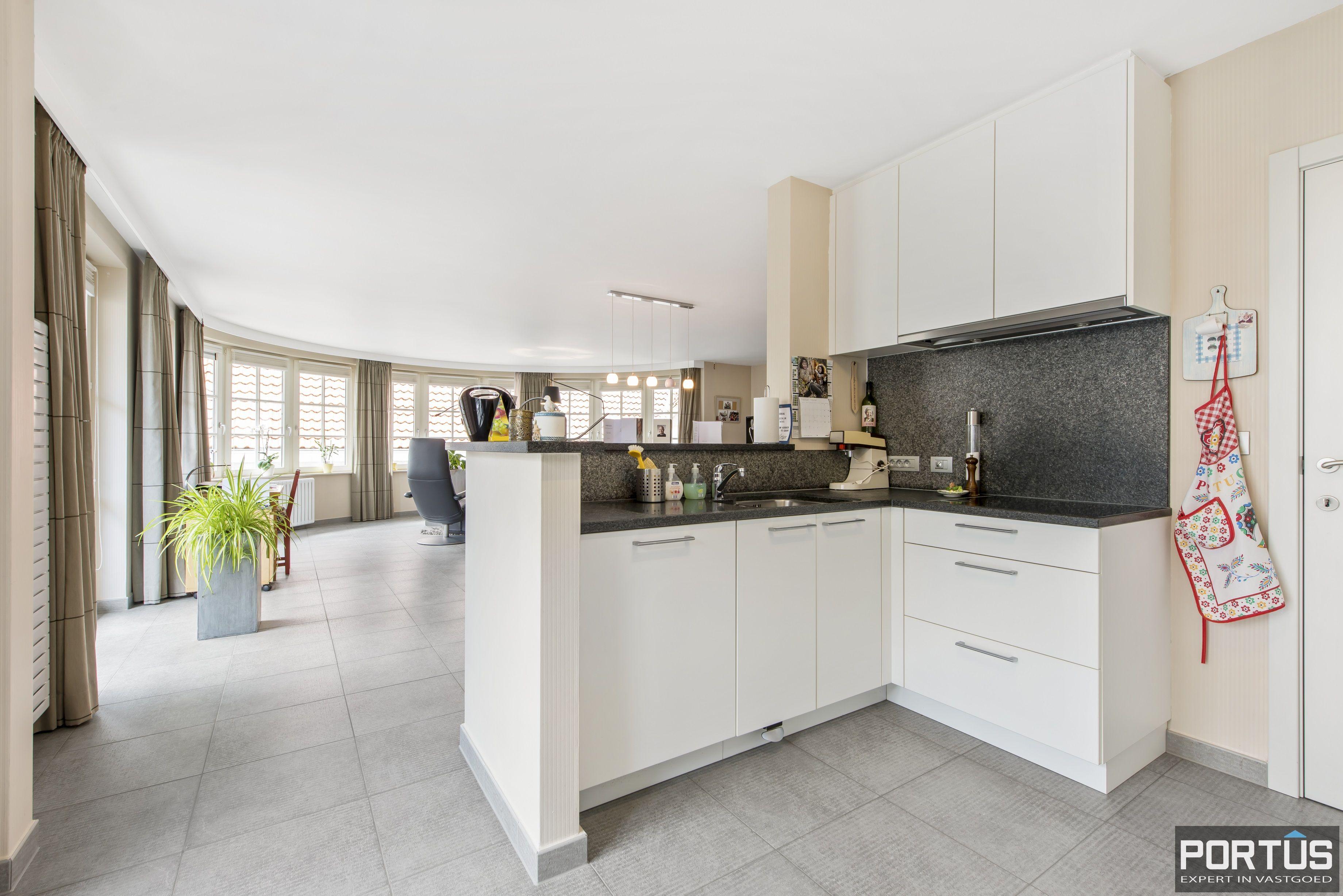 Instapklaar appartement te koop met 2 slaapkamers te Sint-Idesbald - 9408