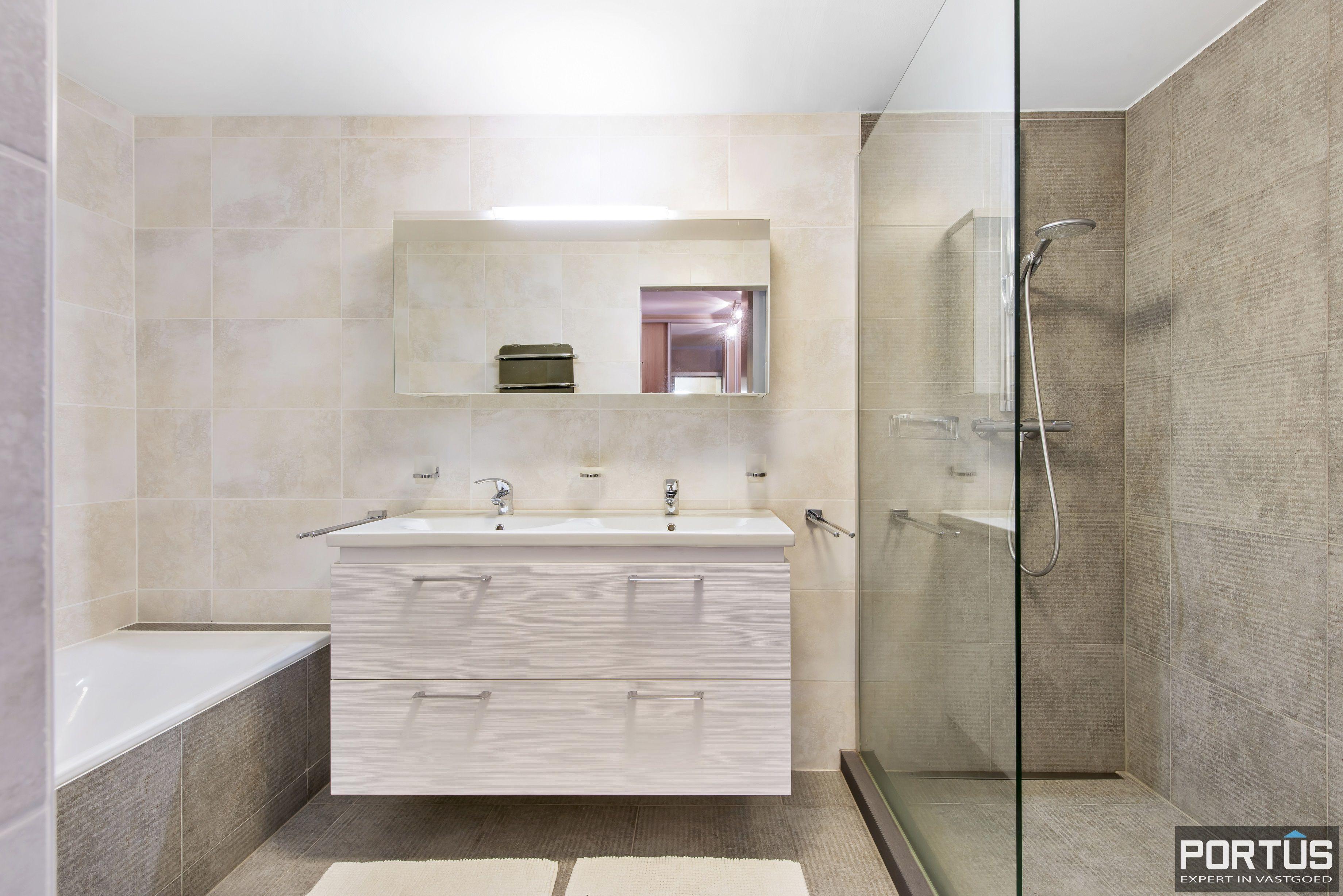 Instapklaar appartement te koop met 2 slaapkamers te Sint-Idesbald - 9413