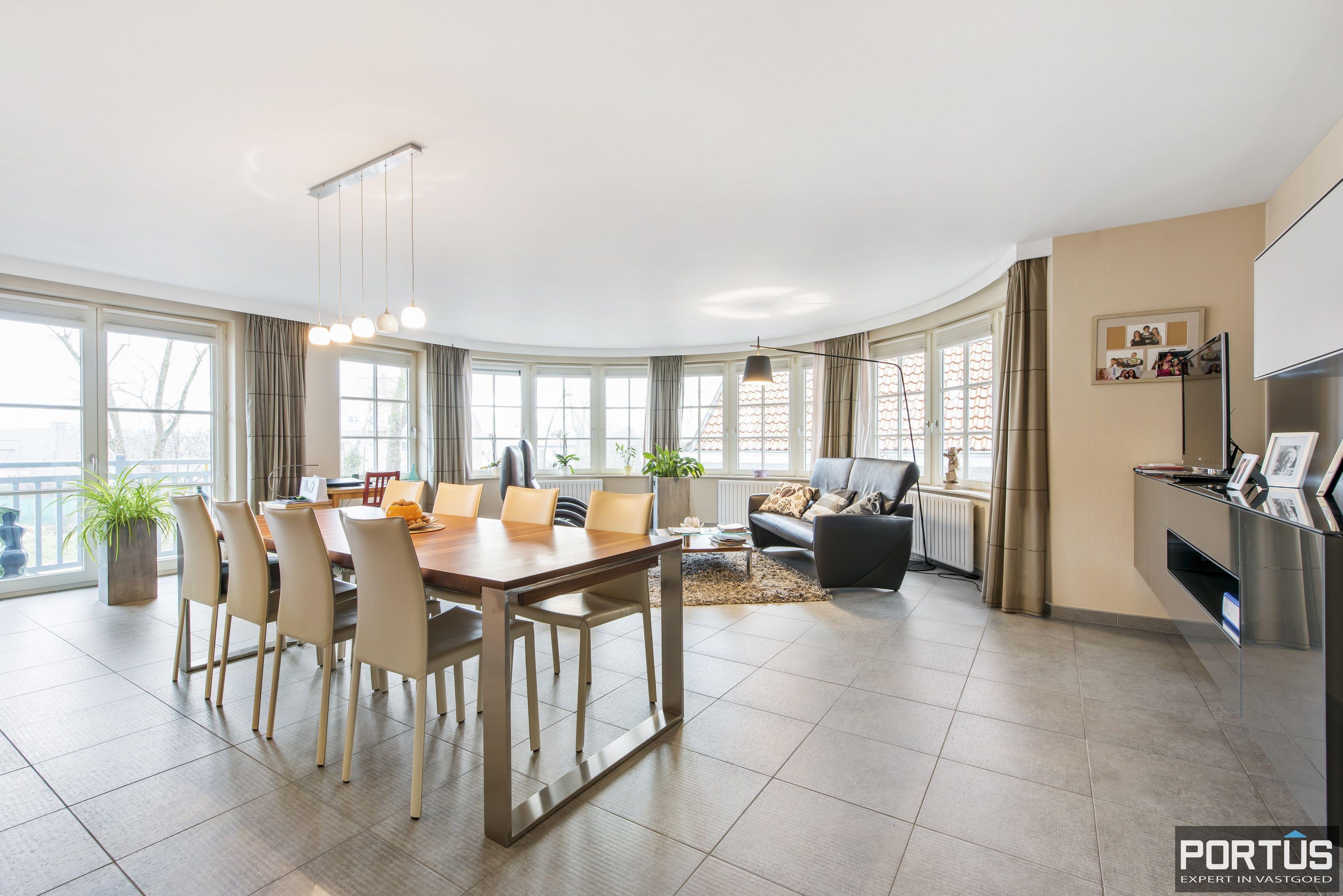 Instapklaar appartement te koop met 2 slaapkamers te Sint-Idesbald - 9419