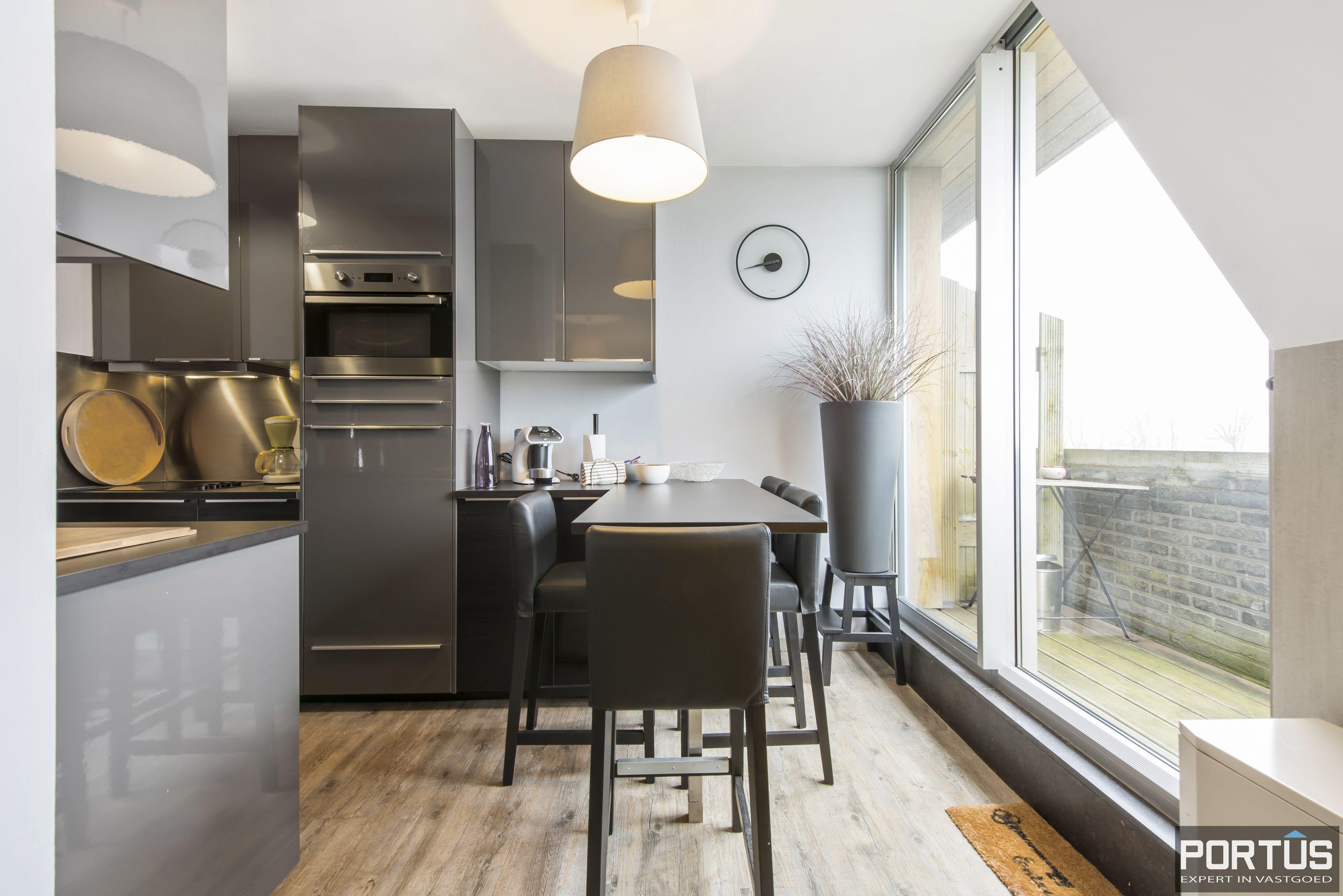 Instapklaar zongericht duplex-appartement te koop te Nieuwpoort - 9489