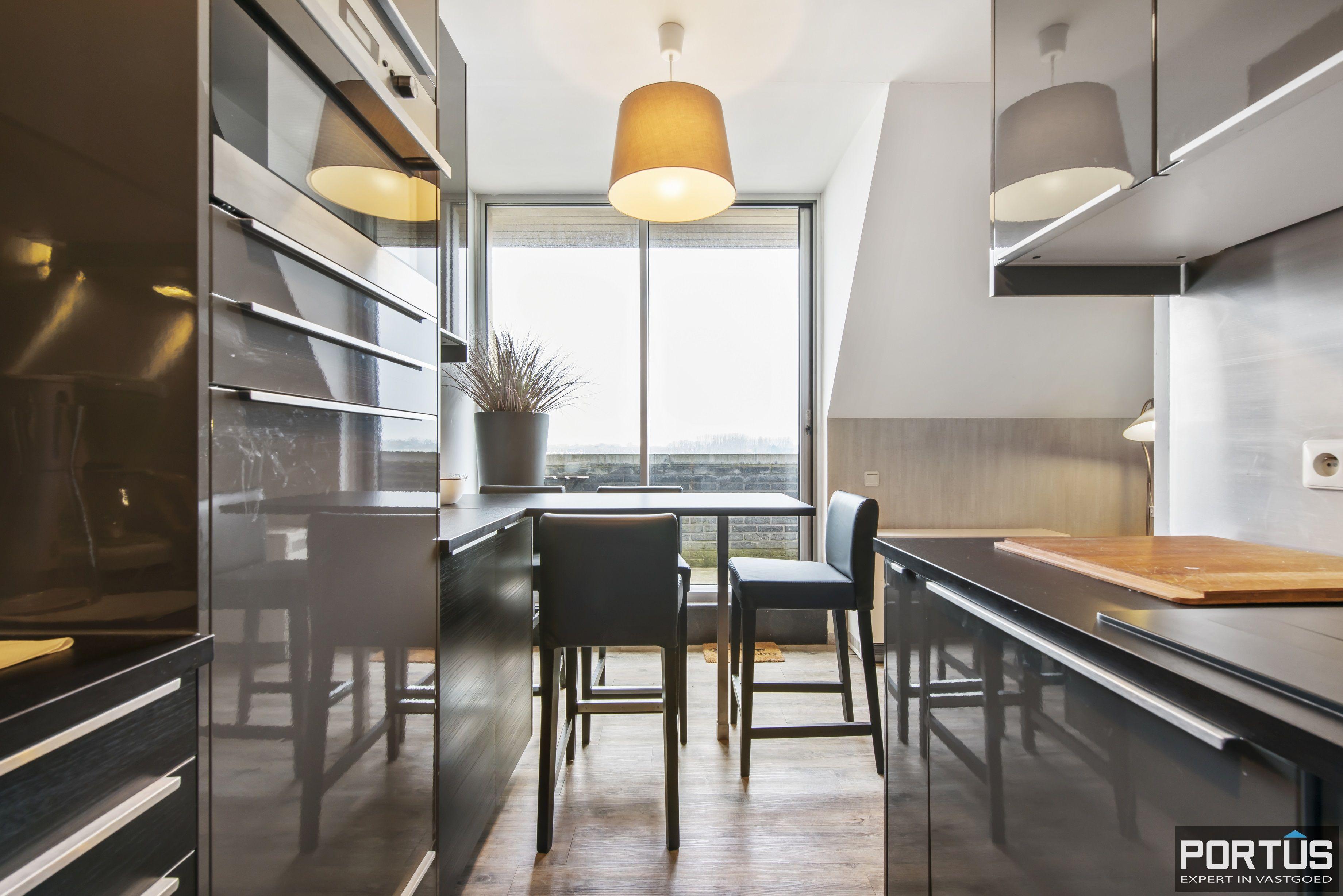 Instapklaar zongericht duplex-appartement te koop te Nieuwpoort - 9491