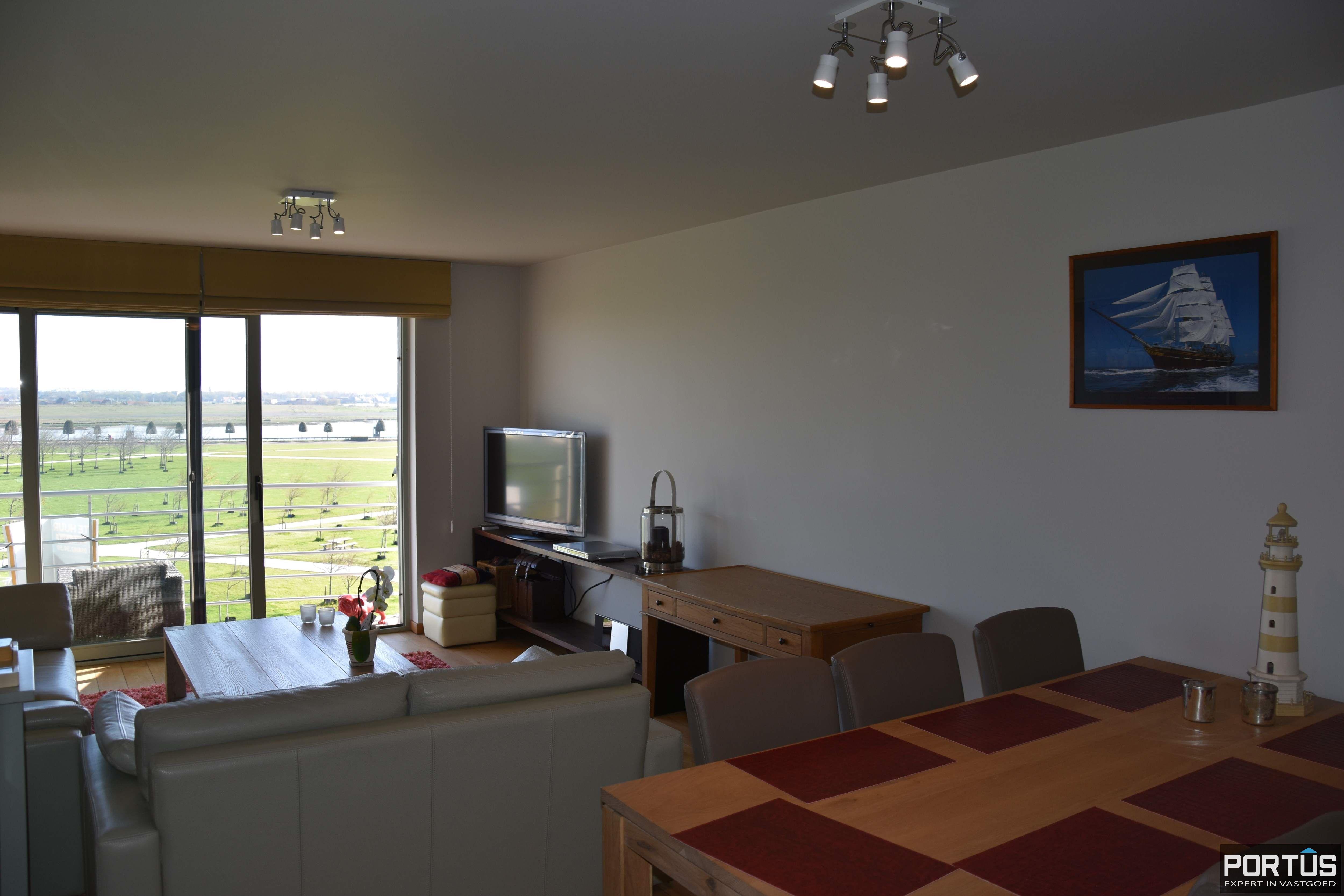 Appartement met slaapkamer, slaaphoek en parking te huur Nieuwpoort - 9529