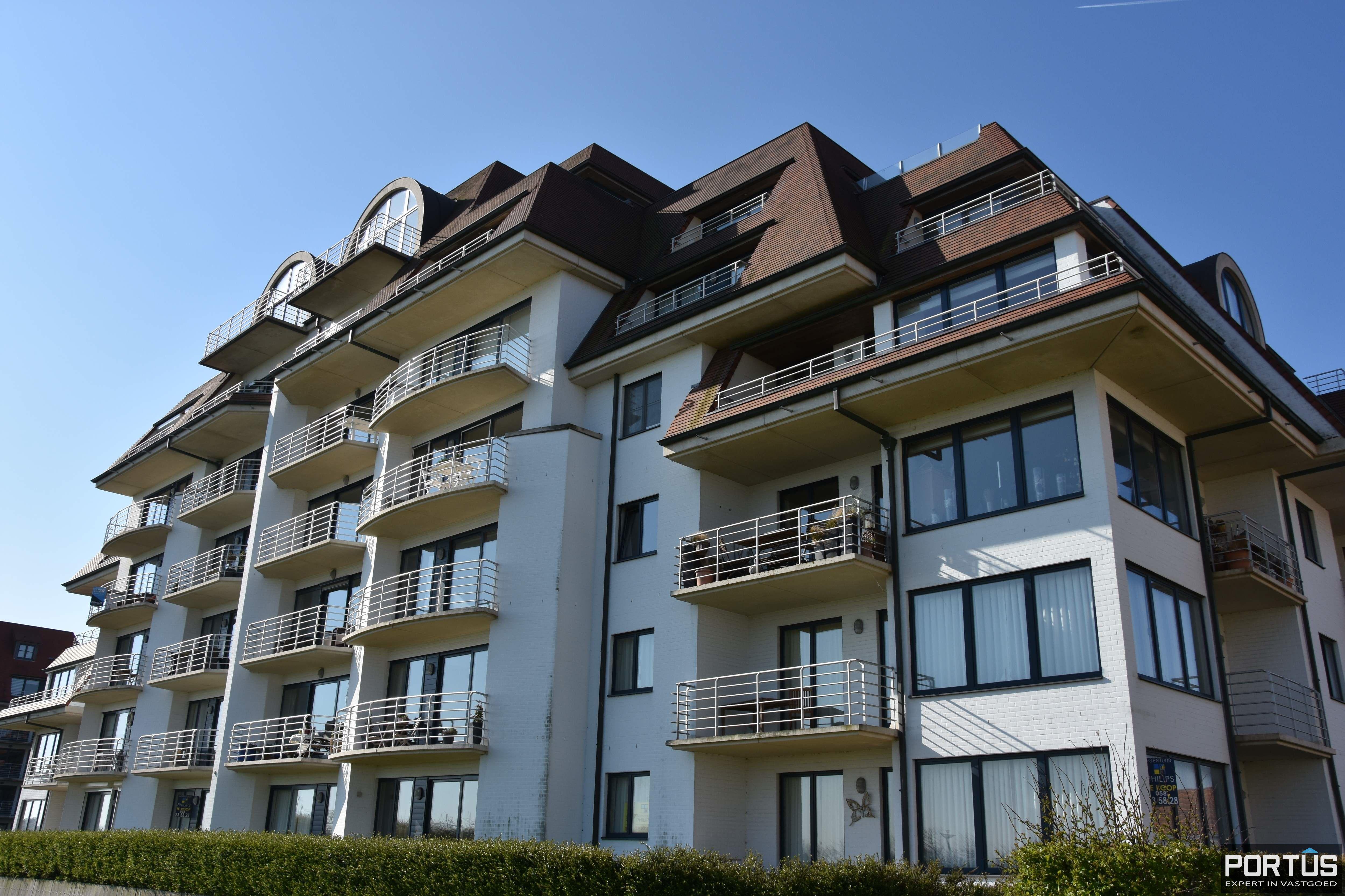 Appartement met slaapkamer, slaaphoek en parking te huur Nieuwpoort - 9533