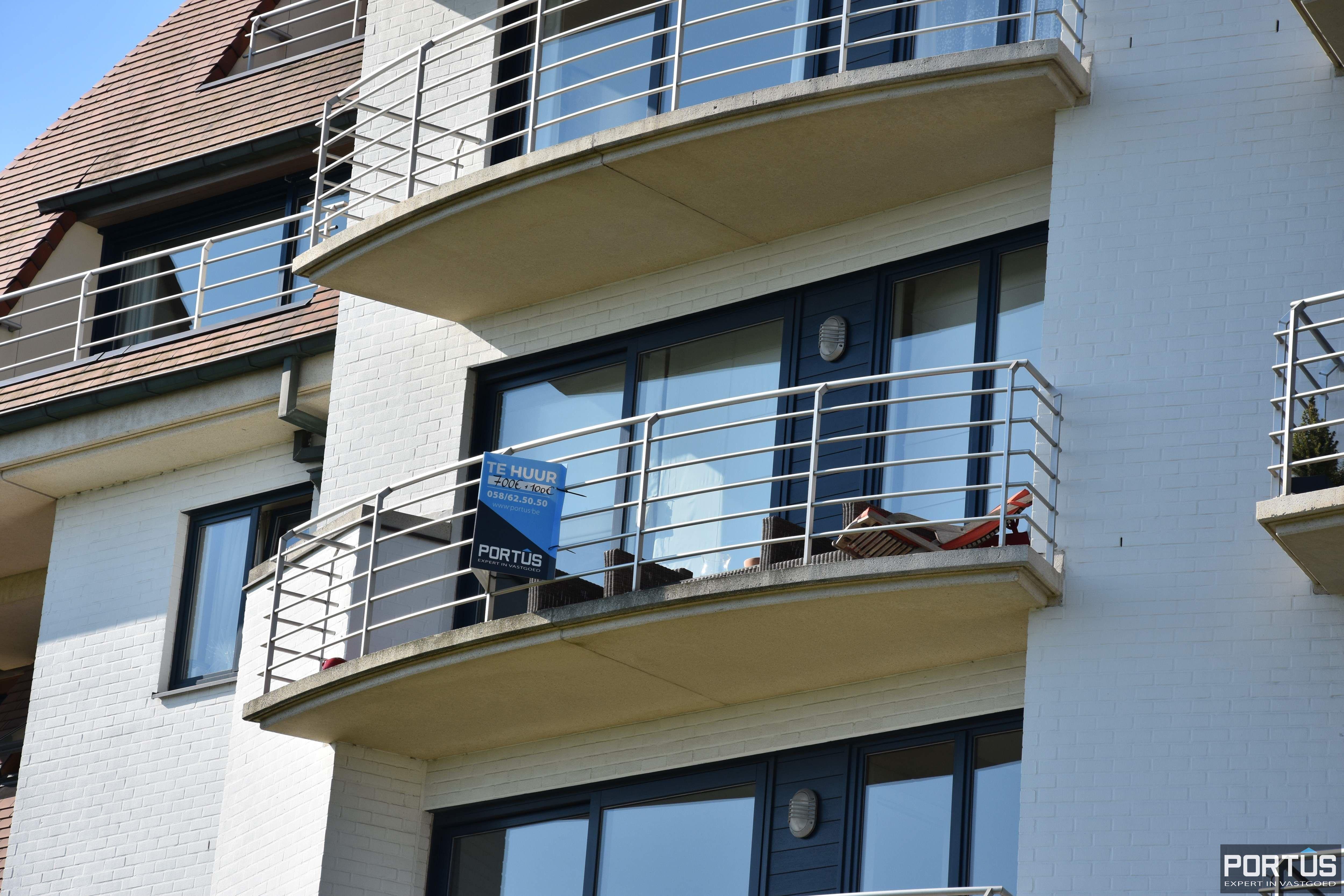 Appartement met slaapkamer, slaaphoek en parking te huur Nieuwpoort - 9534