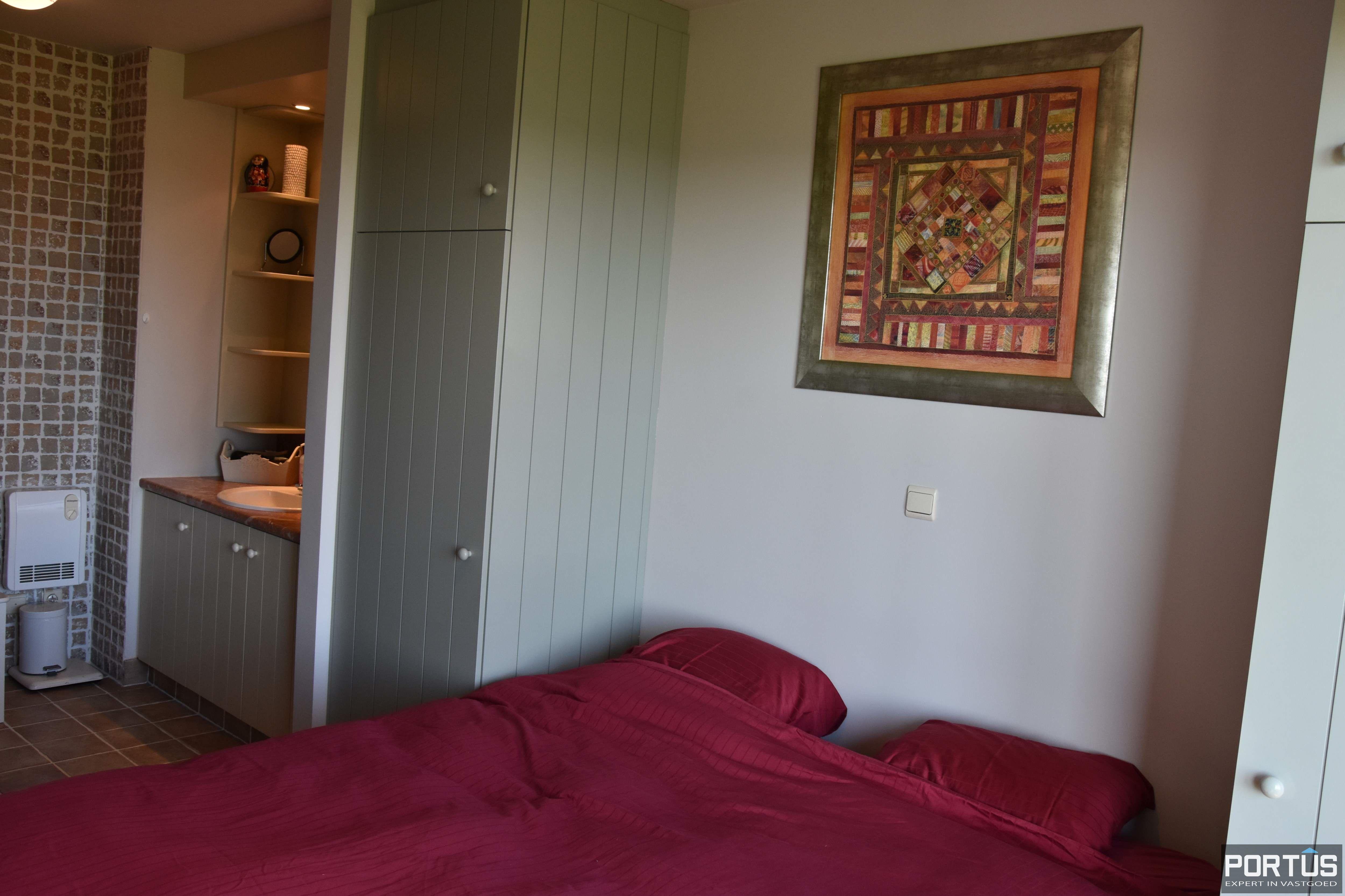 Appartement met slaapkamer, slaaphoek en parking te huur Nieuwpoort - 9538