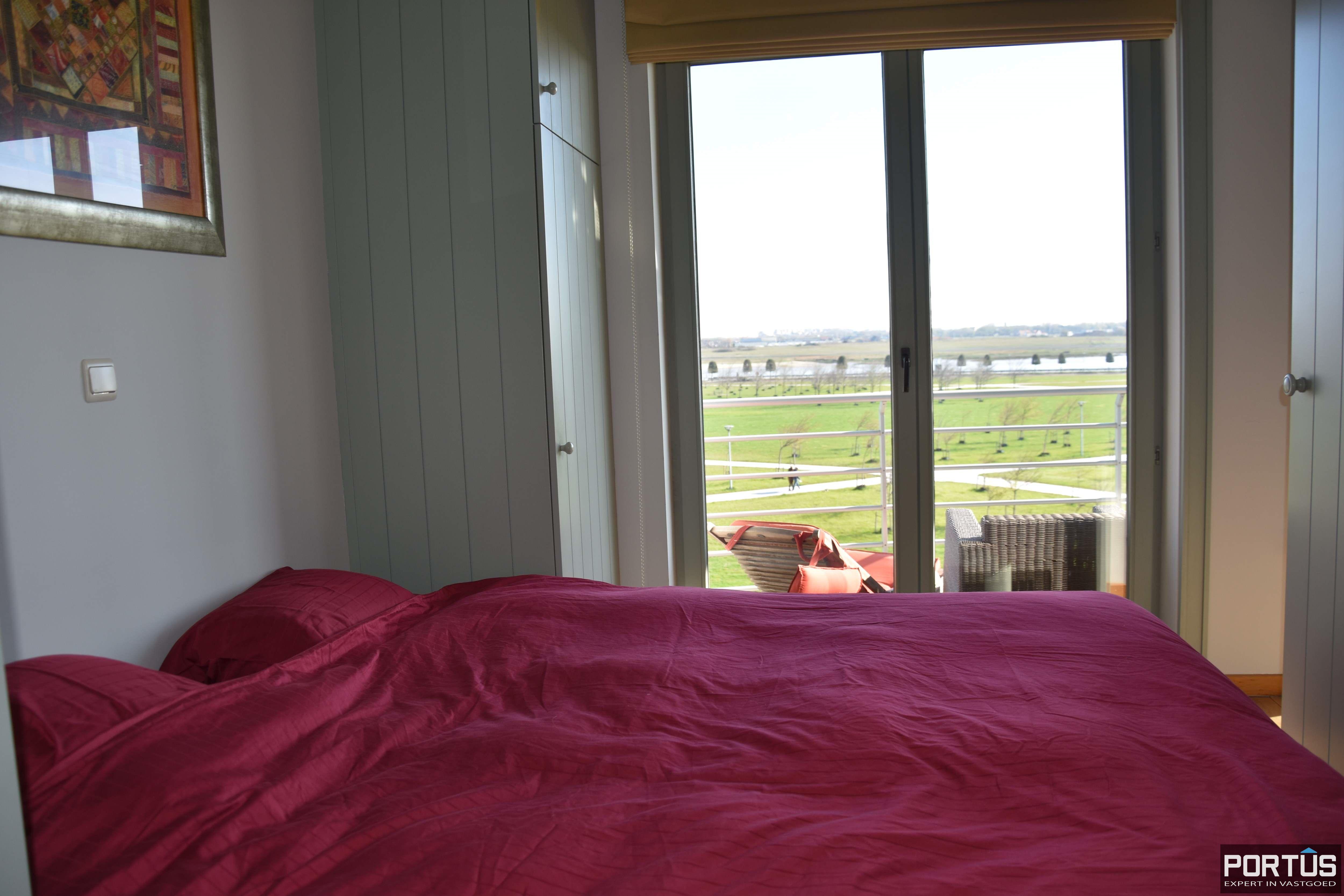 Appartement met slaapkamer, slaaphoek en parking te huur Nieuwpoort - 9539