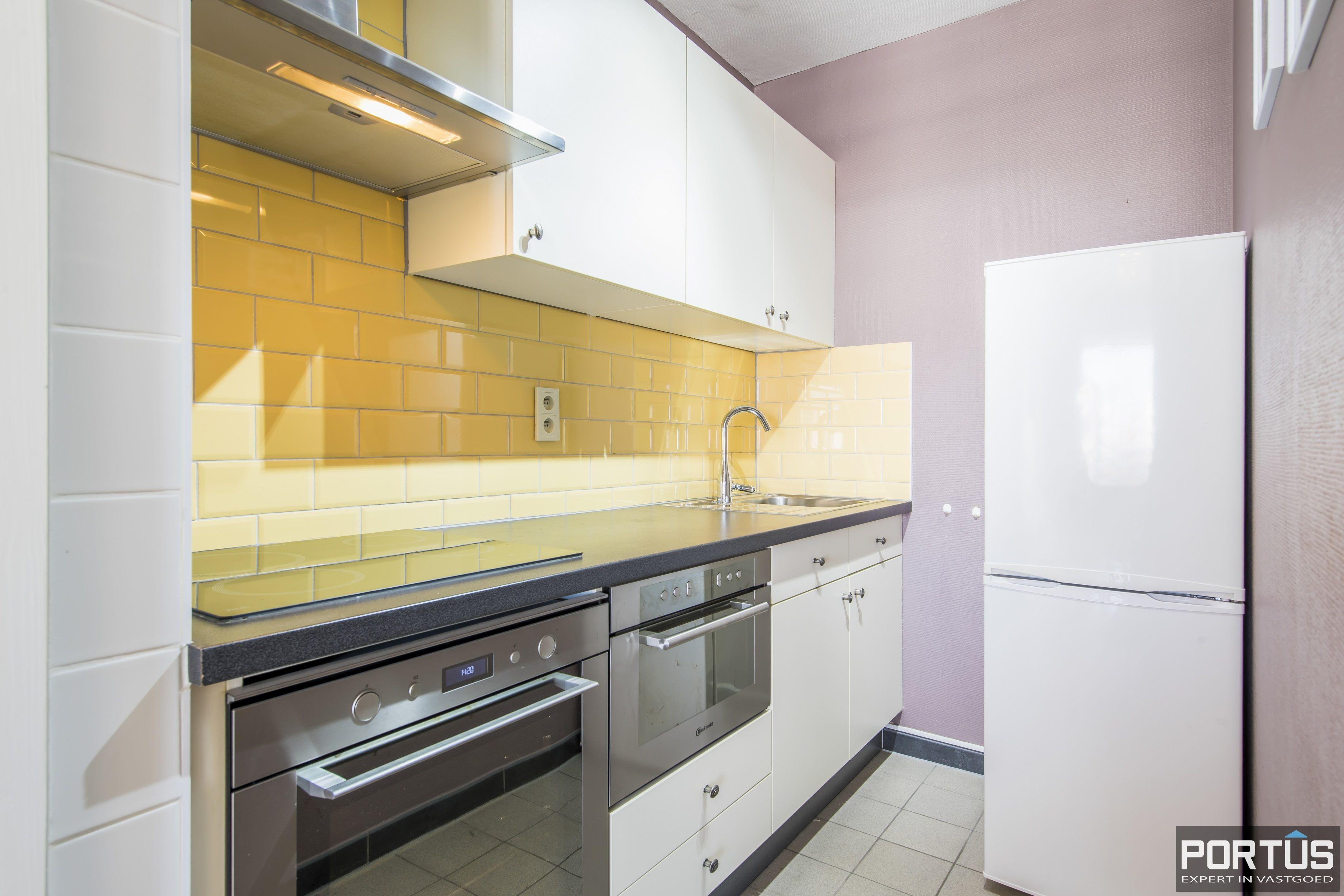 Instapklaar 1 slaapkamer appartement met ruim terras met zijdelings zeezicht te koop - 9544