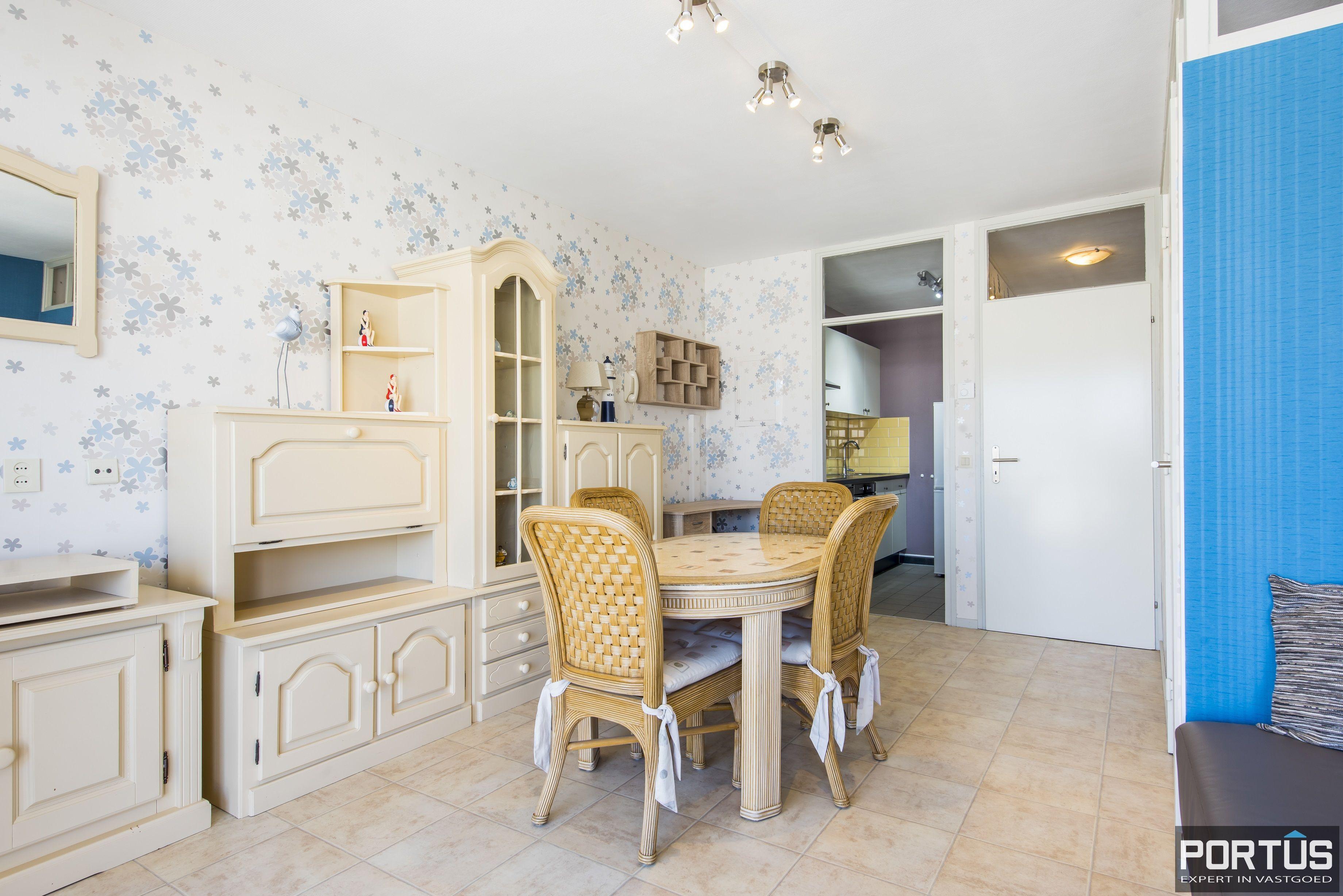 Instapklaar 1 slaapkamer appartement met ruim terras met zijdelings zeezicht te koop - 9546
