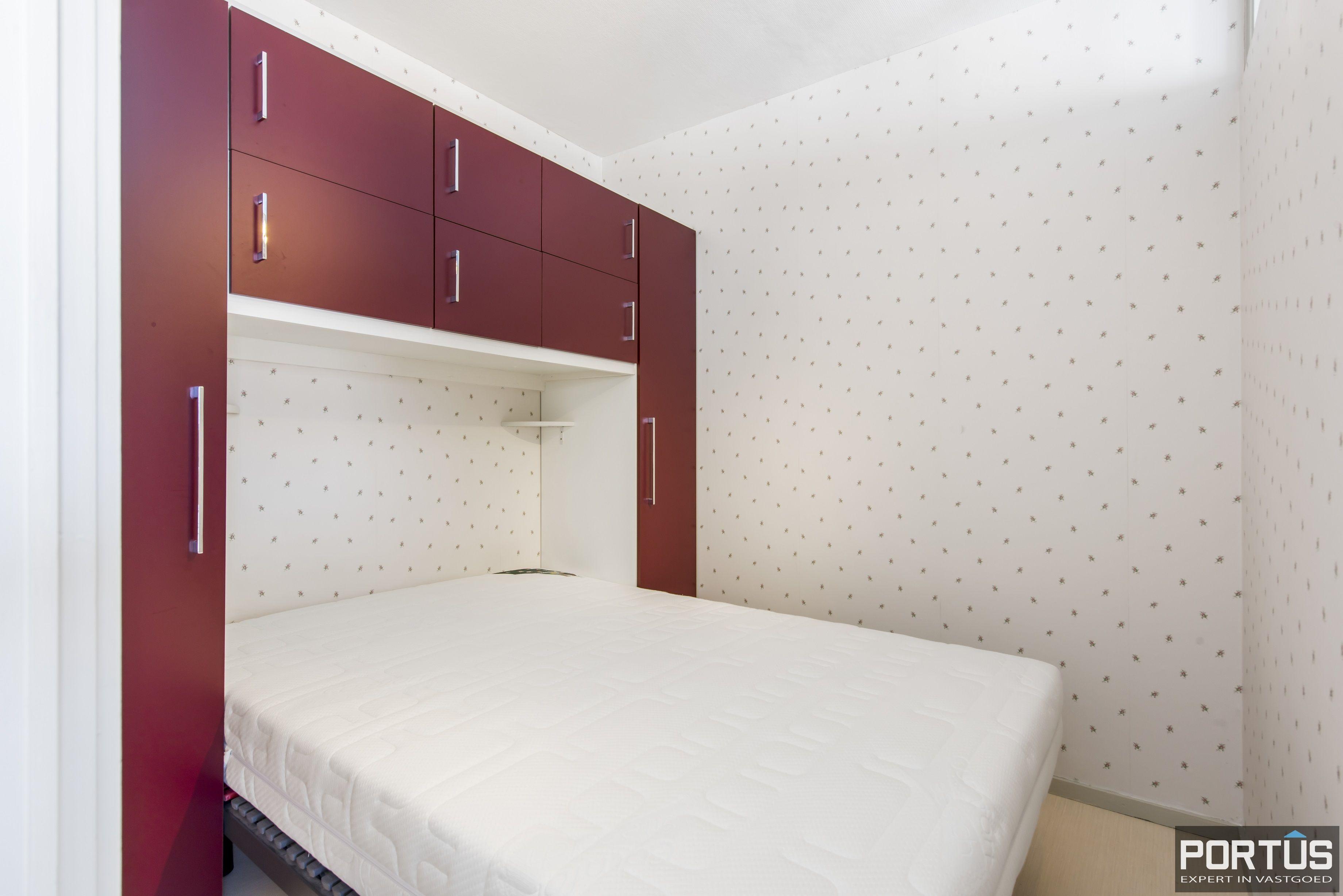 Instapklaar 1 slaapkamer appartement met ruim terras met zijdelings zeezicht te koop - 9555