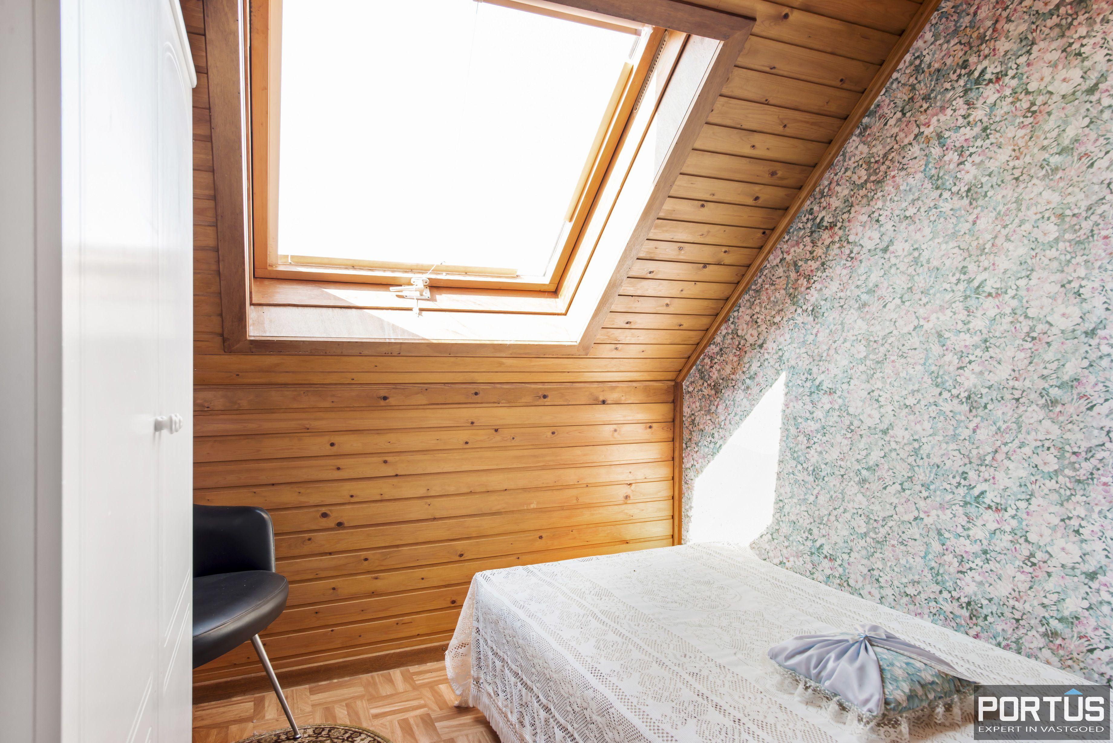 Instapklare ruime vakantiewoning met tuin te koop te Westende - 9580