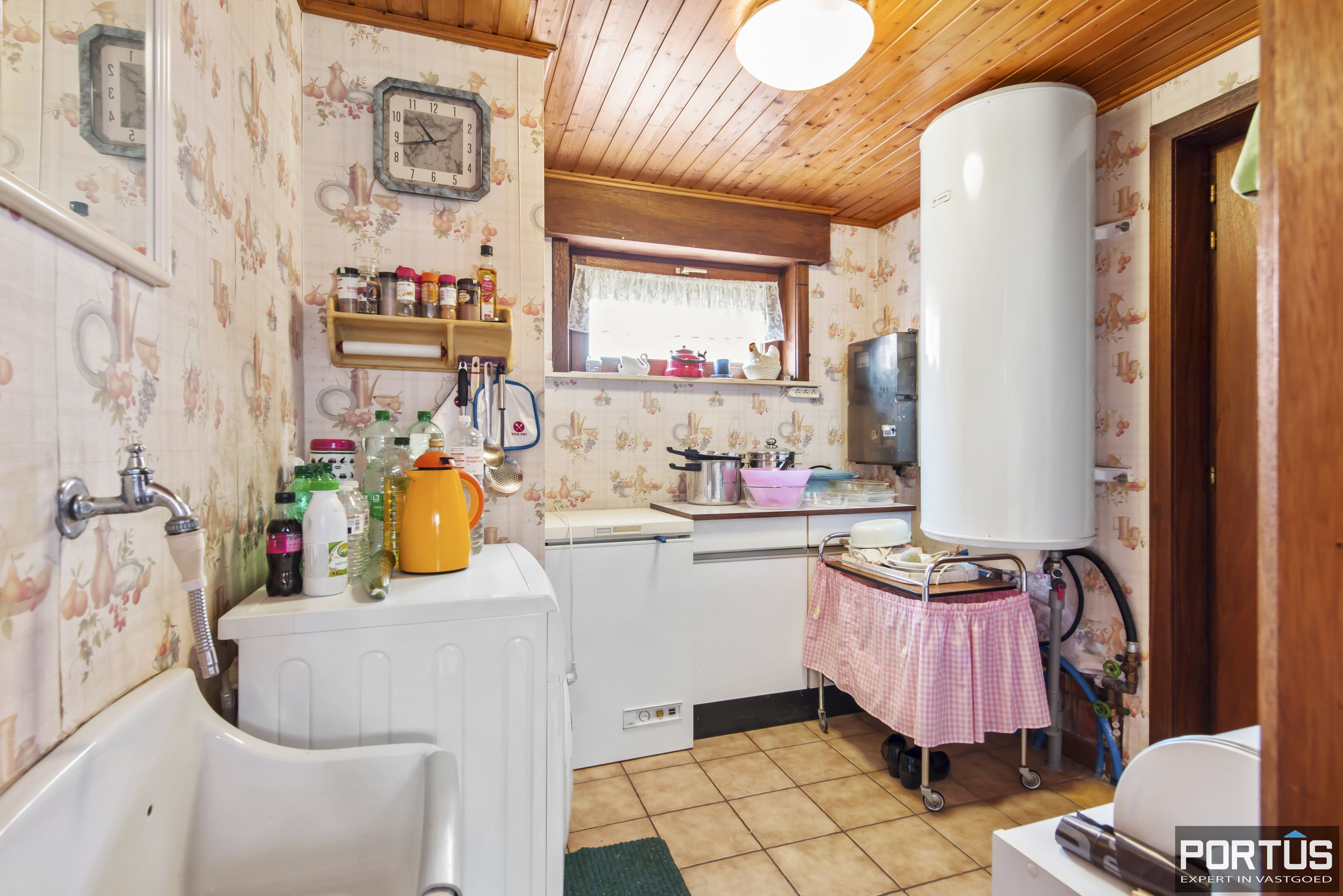 Instapklare ruime vakantiewoning met tuin te koop te Westende - 9587