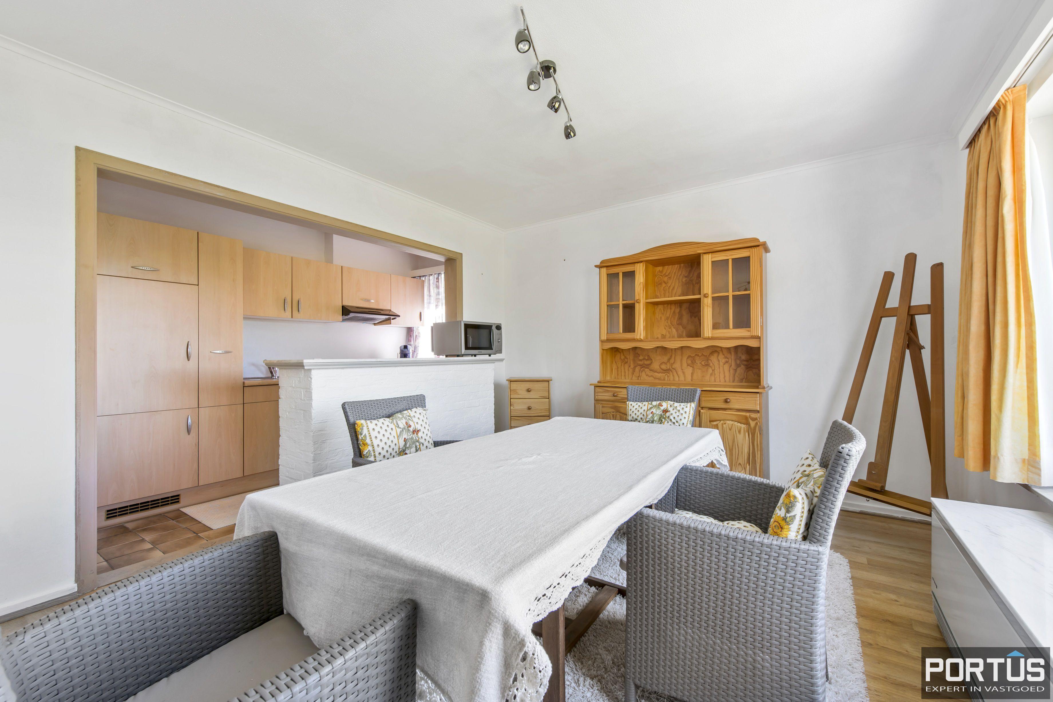 Appartement met 2 slaapkamers en parking te koop te Nieuwpoort - 9728