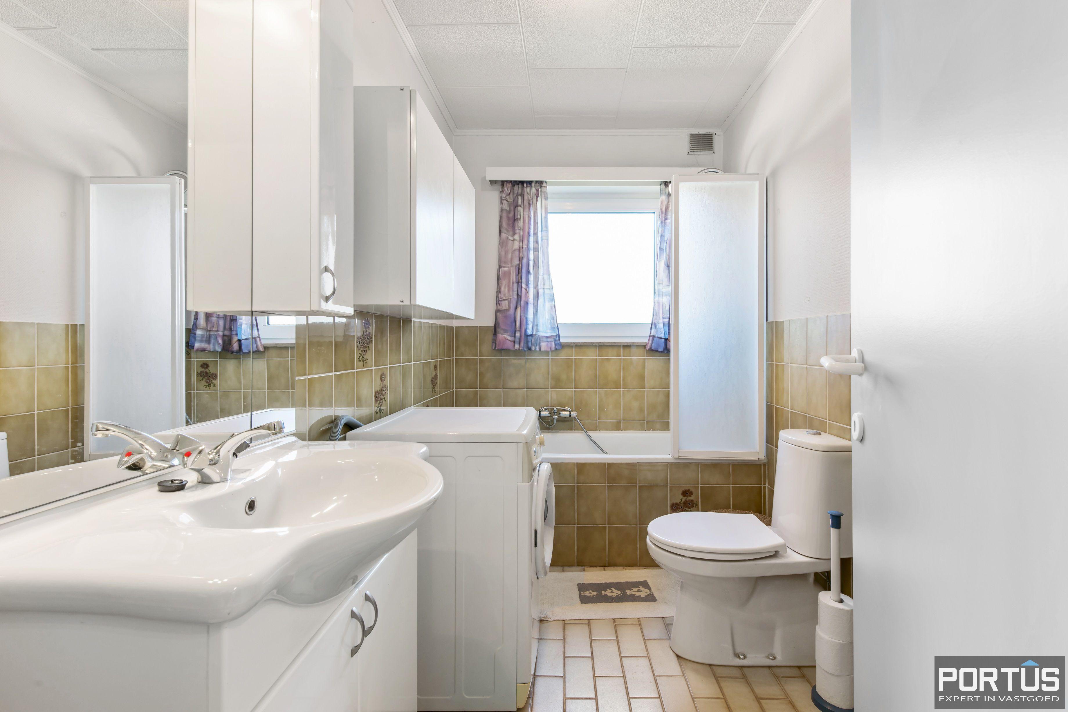 Appartement met 2 slaapkamers en parking te koop te Nieuwpoort - 9731