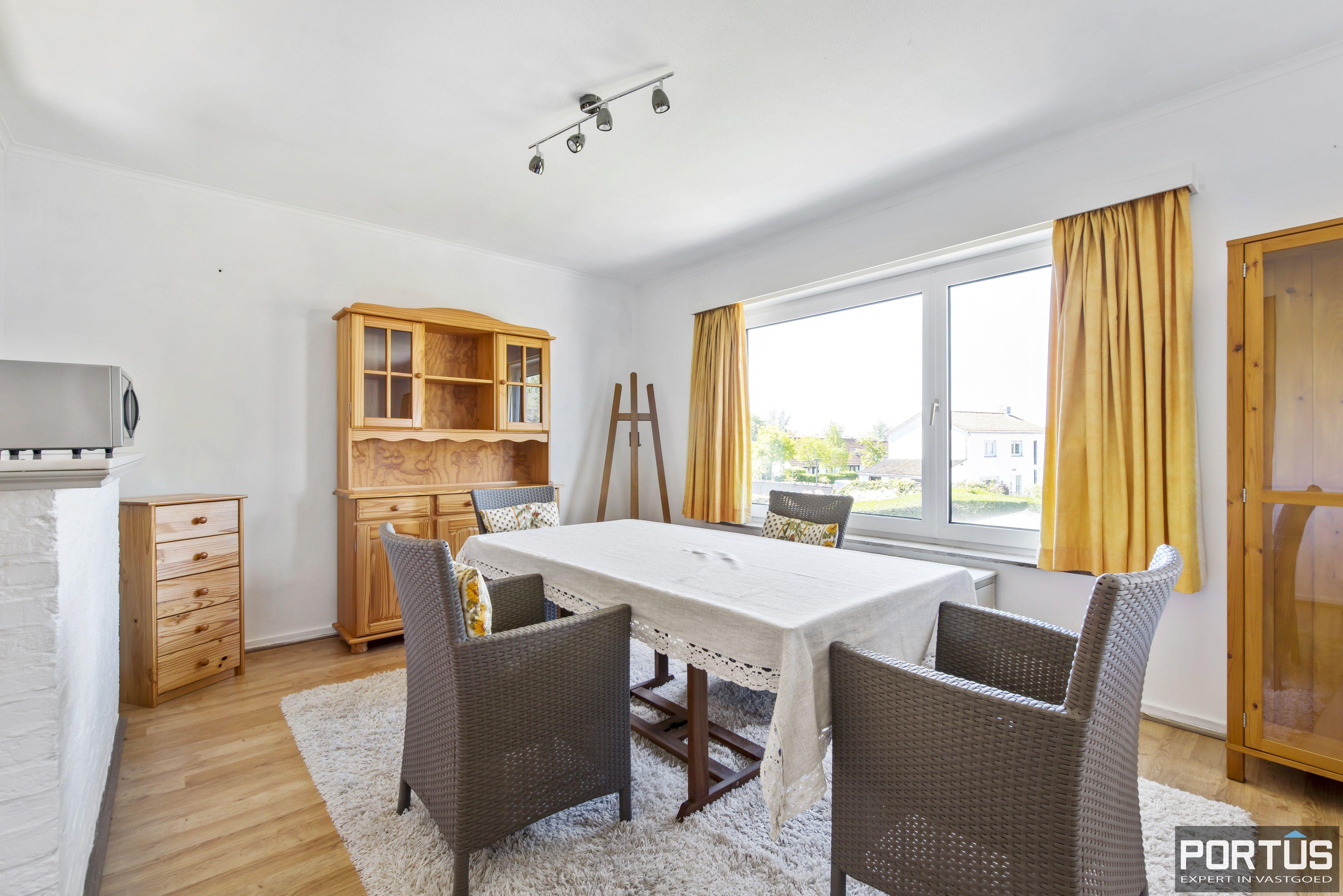 Appartement met 2 slaapkamers en parking te koop te Nieuwpoort - 9739