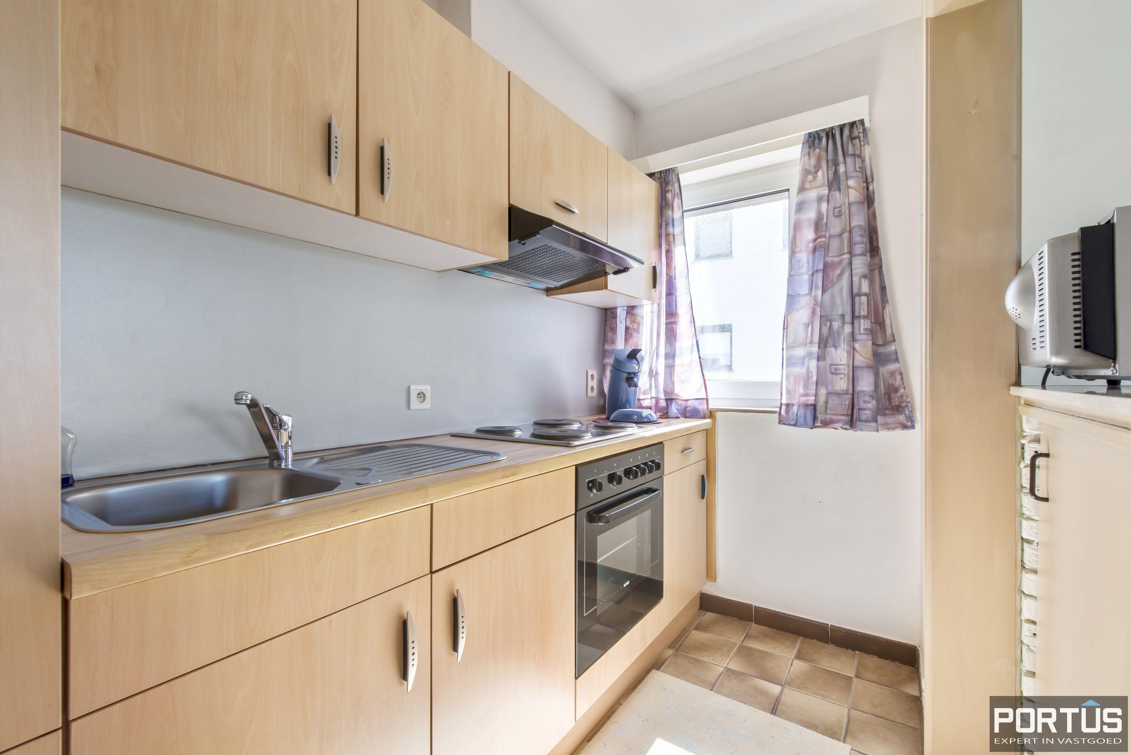 Appartement met 2 slaapkamers en parking te koop te Nieuwpoort - 9741