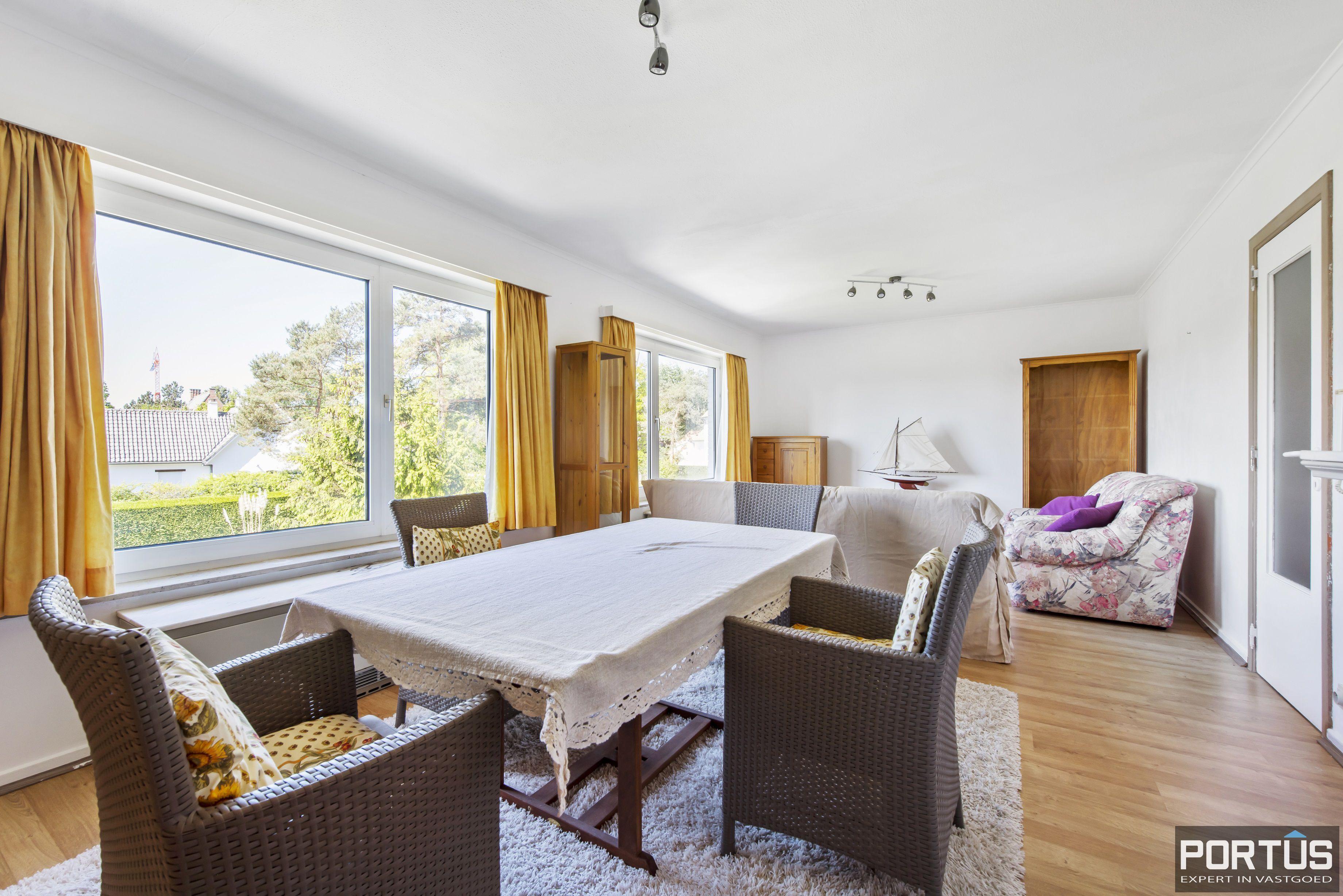 Appartement met 2 slaapkamers en parking te koop te Nieuwpoort - 9742