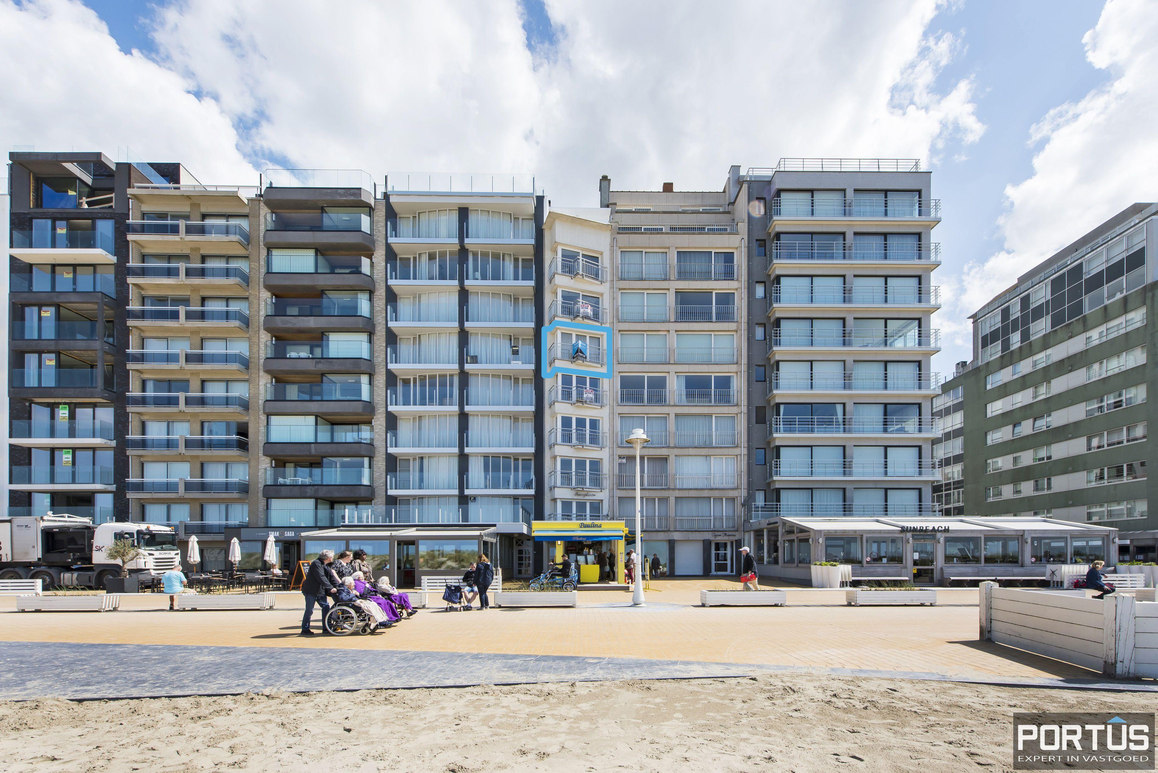 Appartement met 2 slaapkamers en frontaal zeezicht te koop Nieuwpoort - 9785
