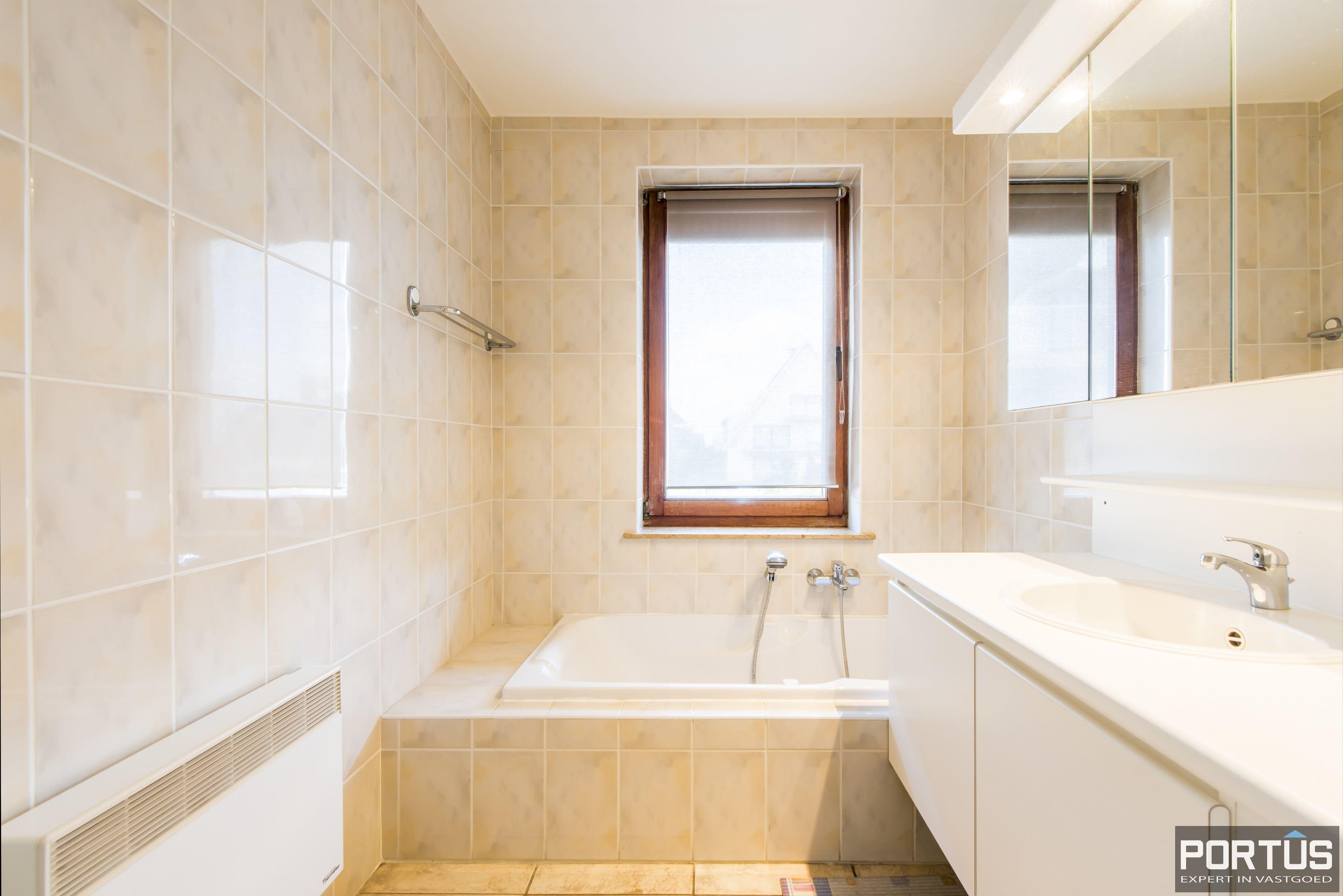 Zongericht en rustig gelegen appartement met 3 slaapkamers te koop te Oostduinkerke - 10066