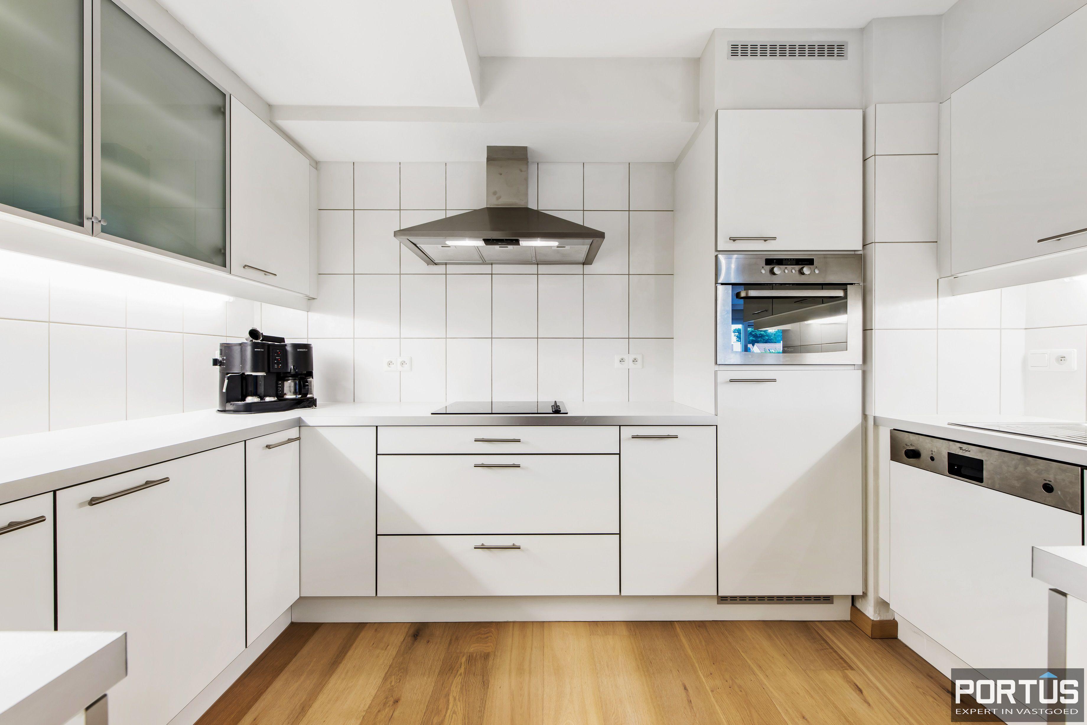 Gelijkvloers appartement te koop met 2 slaapkamers en privé tuin - 9838