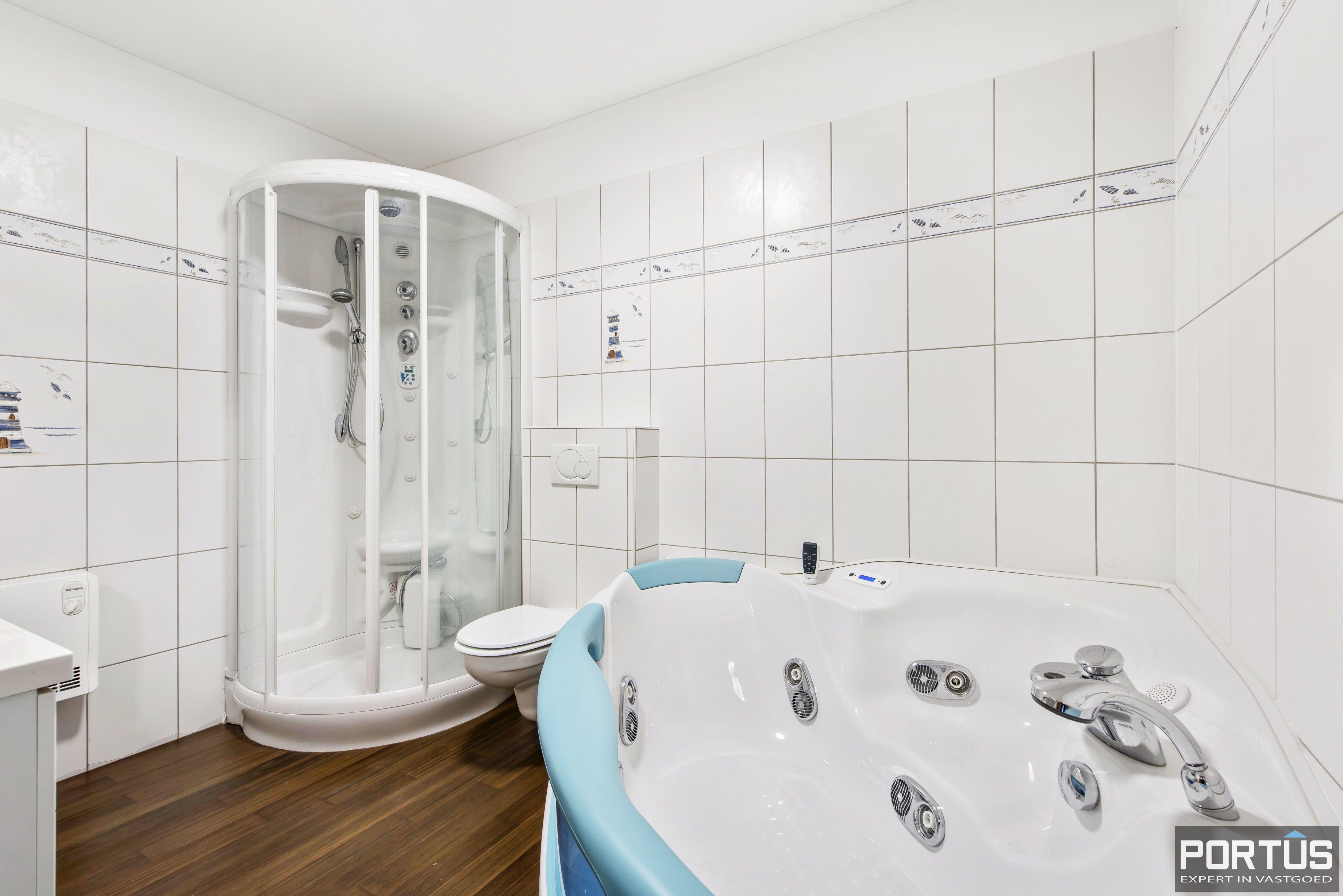 Gelijkvloers appartement te koop met 2 slaapkamers en privé tuin - 9842