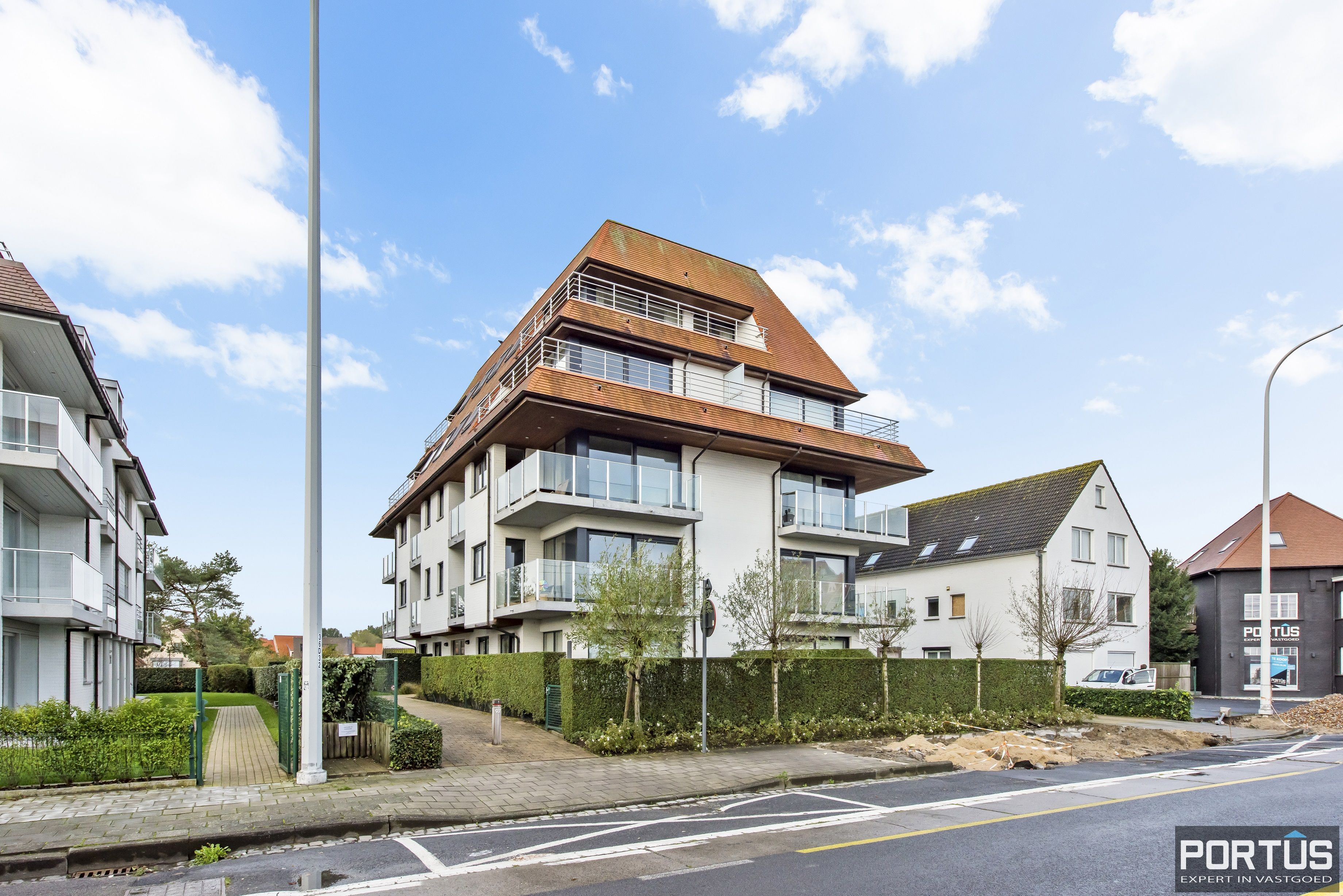 Instapklaar zongericht appartement met 2 slaapkamers te koop in Nieuwpoort - 10010
