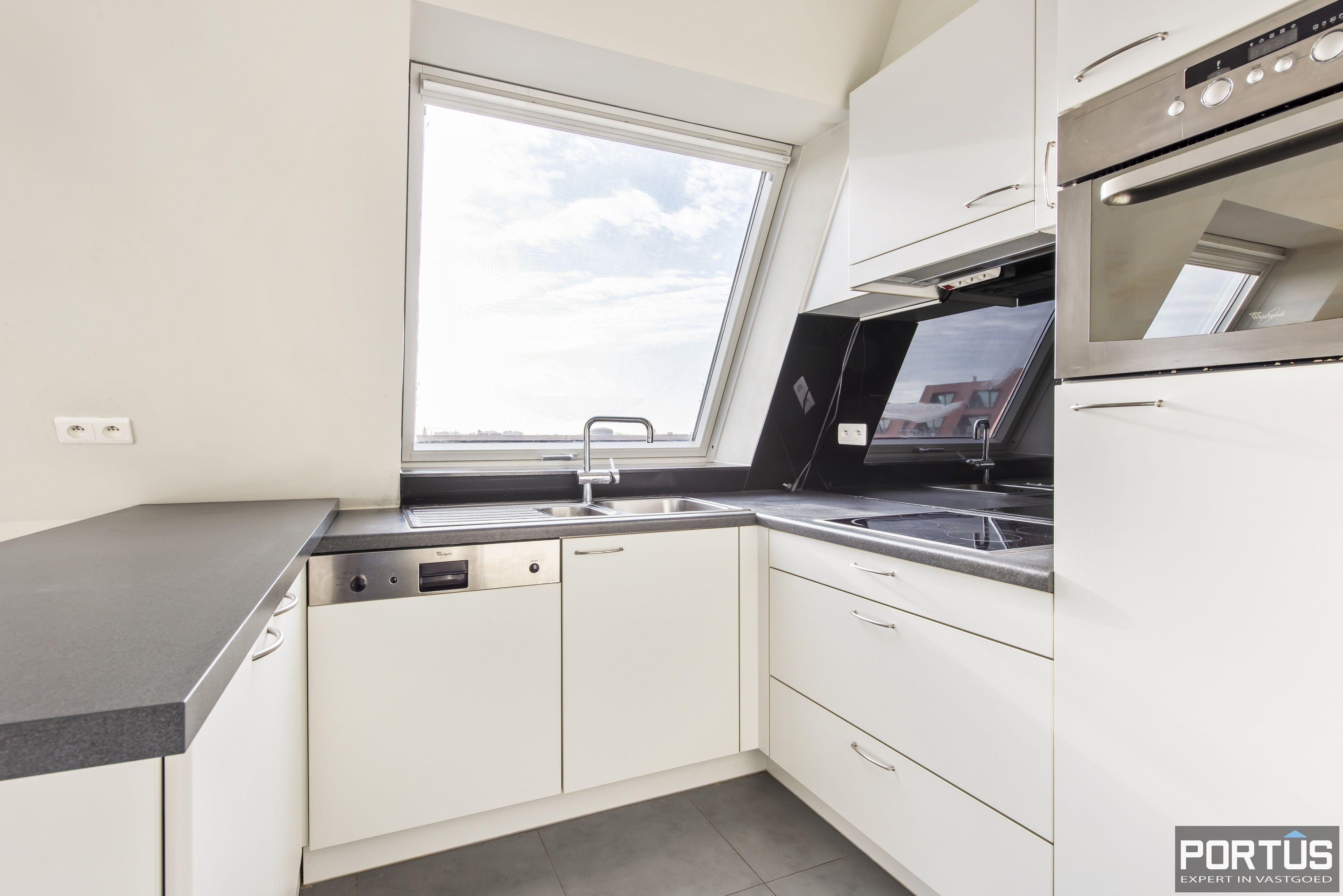 Instapklaar zongericht appartement met 2 slaapkamers te koop in Nieuwpoort - 10015