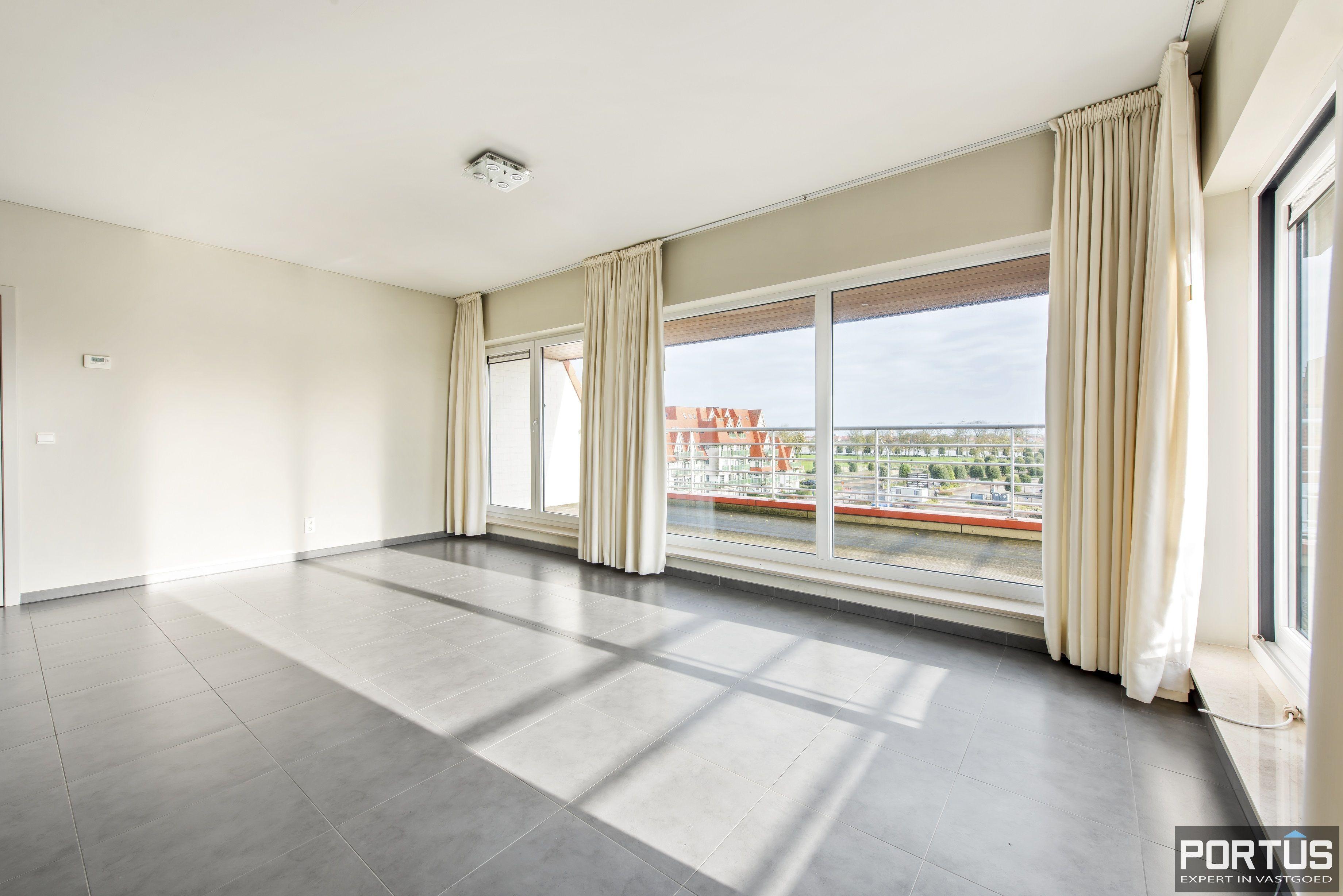 Instapklaar zongericht appartement met 2 slaapkamers te koop in Nieuwpoort - 10016
