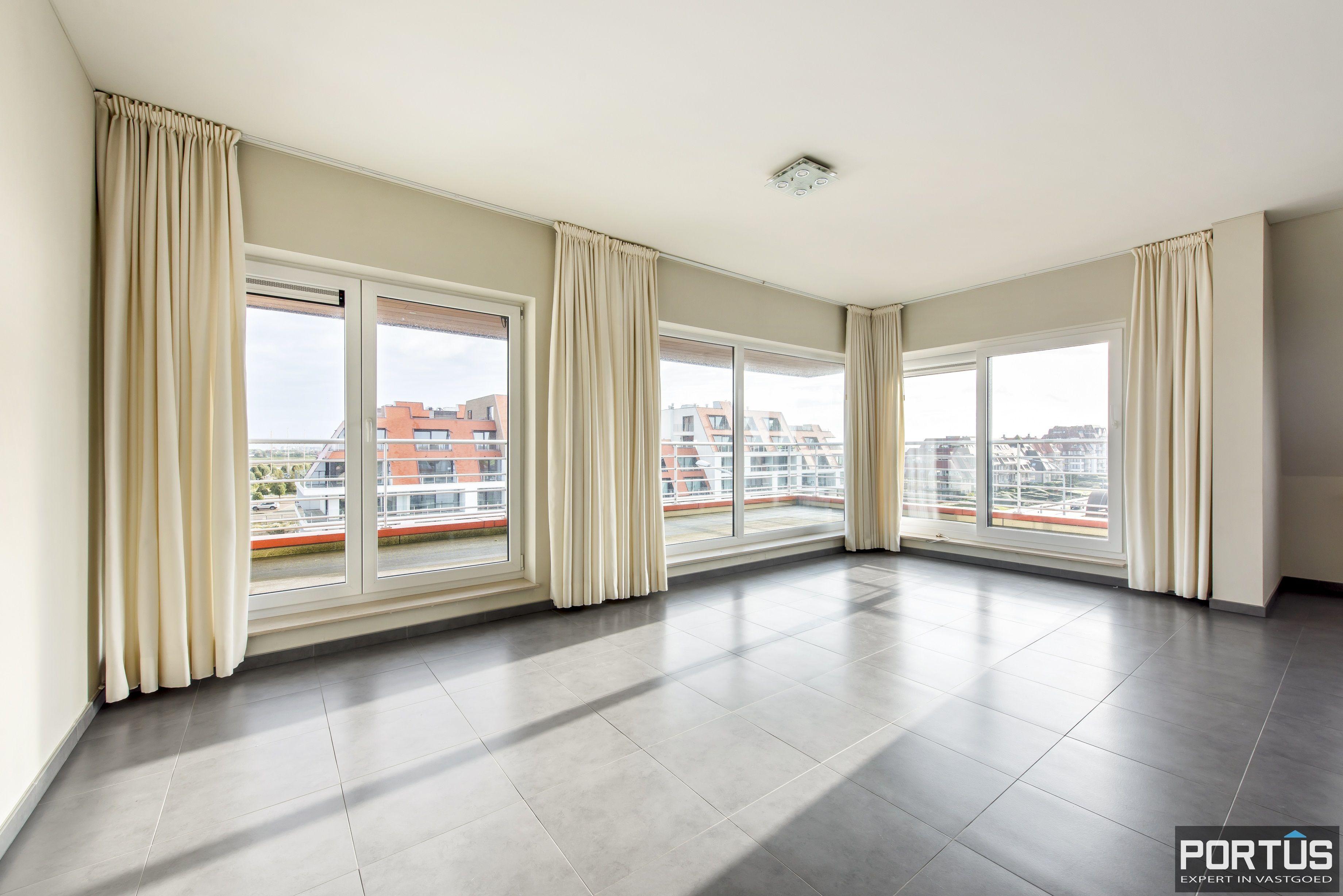 Instapklaar zongericht appartement met 2 slaapkamers te koop in Nieuwpoort - 10018