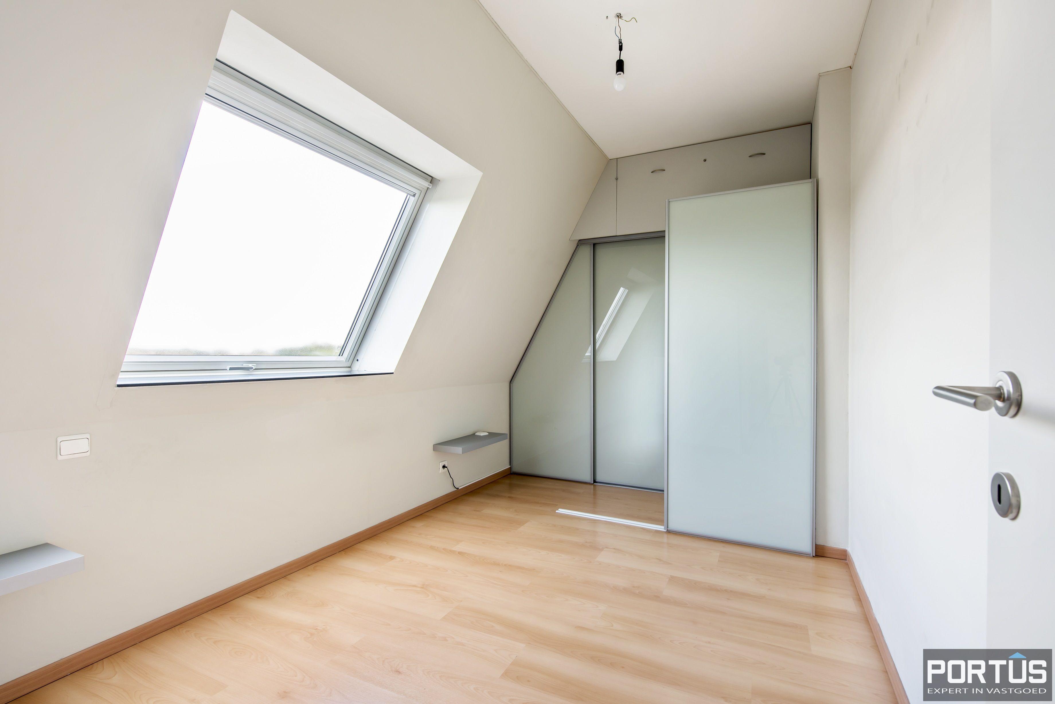 Instapklaar zongericht appartement met 2 slaapkamers te koop in Nieuwpoort - 10022