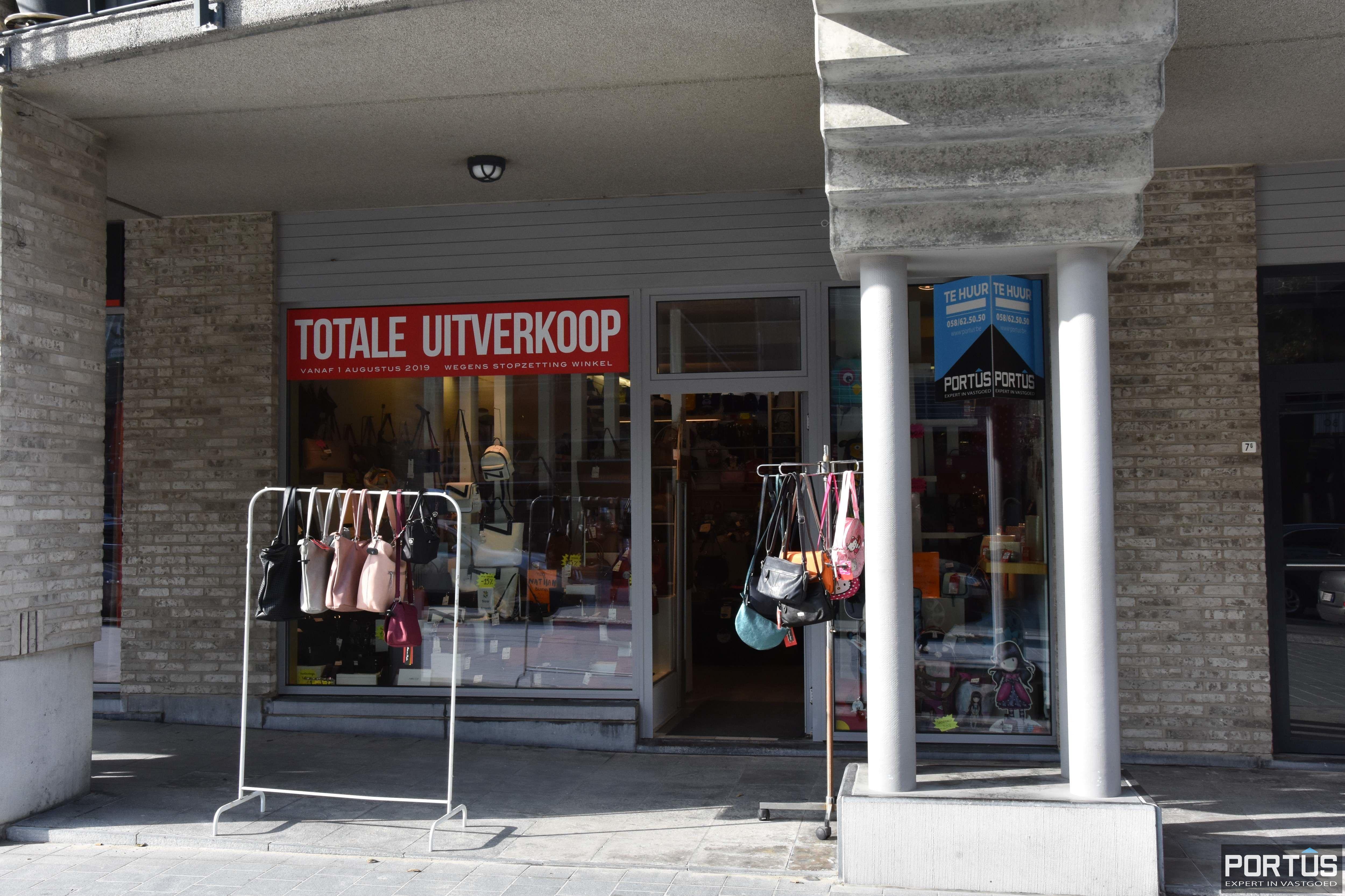 Handelspand te huur gelegen op commerciële topligging te Nieuwpoort-Bad - 10027