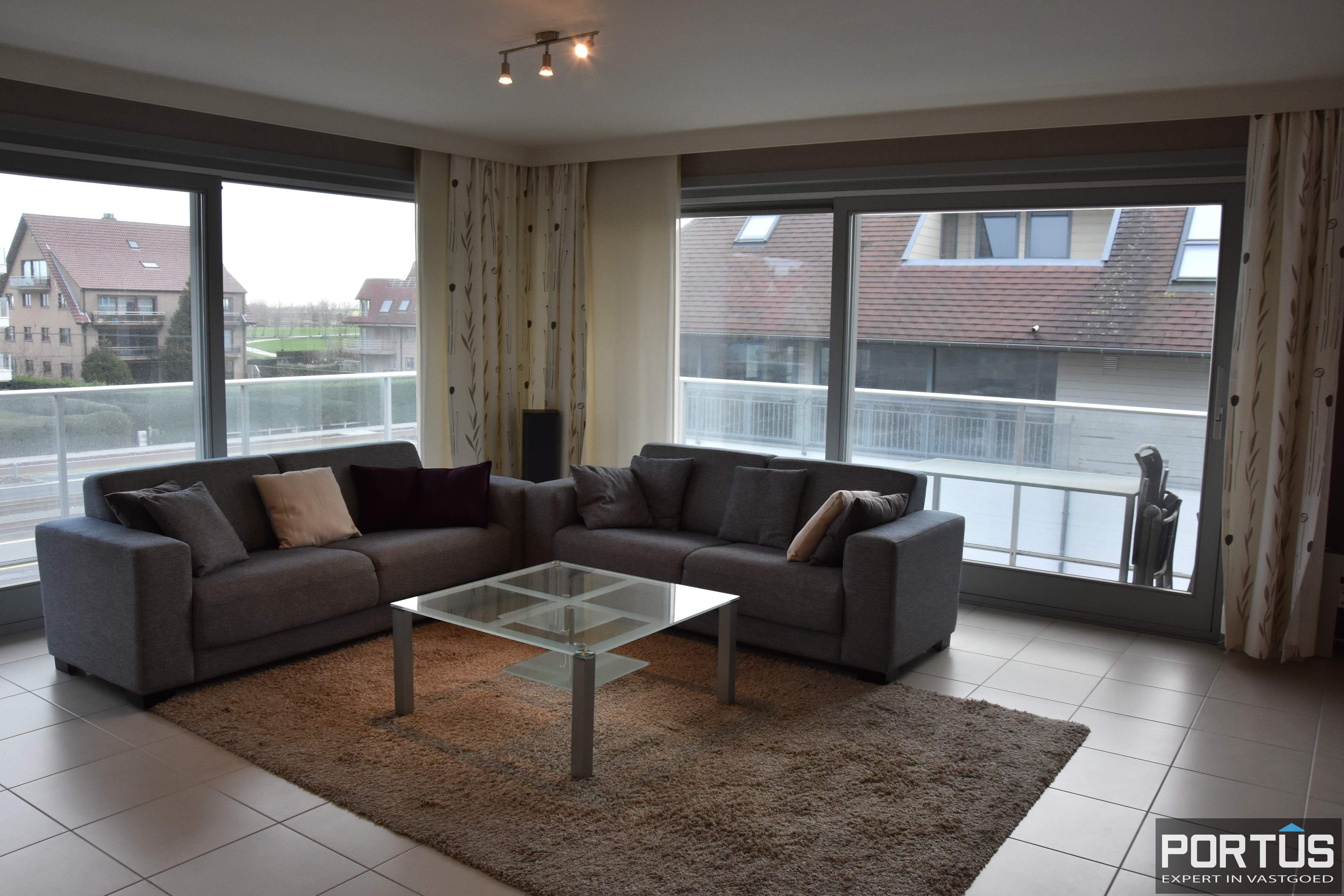 Hoekappartement met 2 slaapkamers te huur in Nieuwpoort - 10635