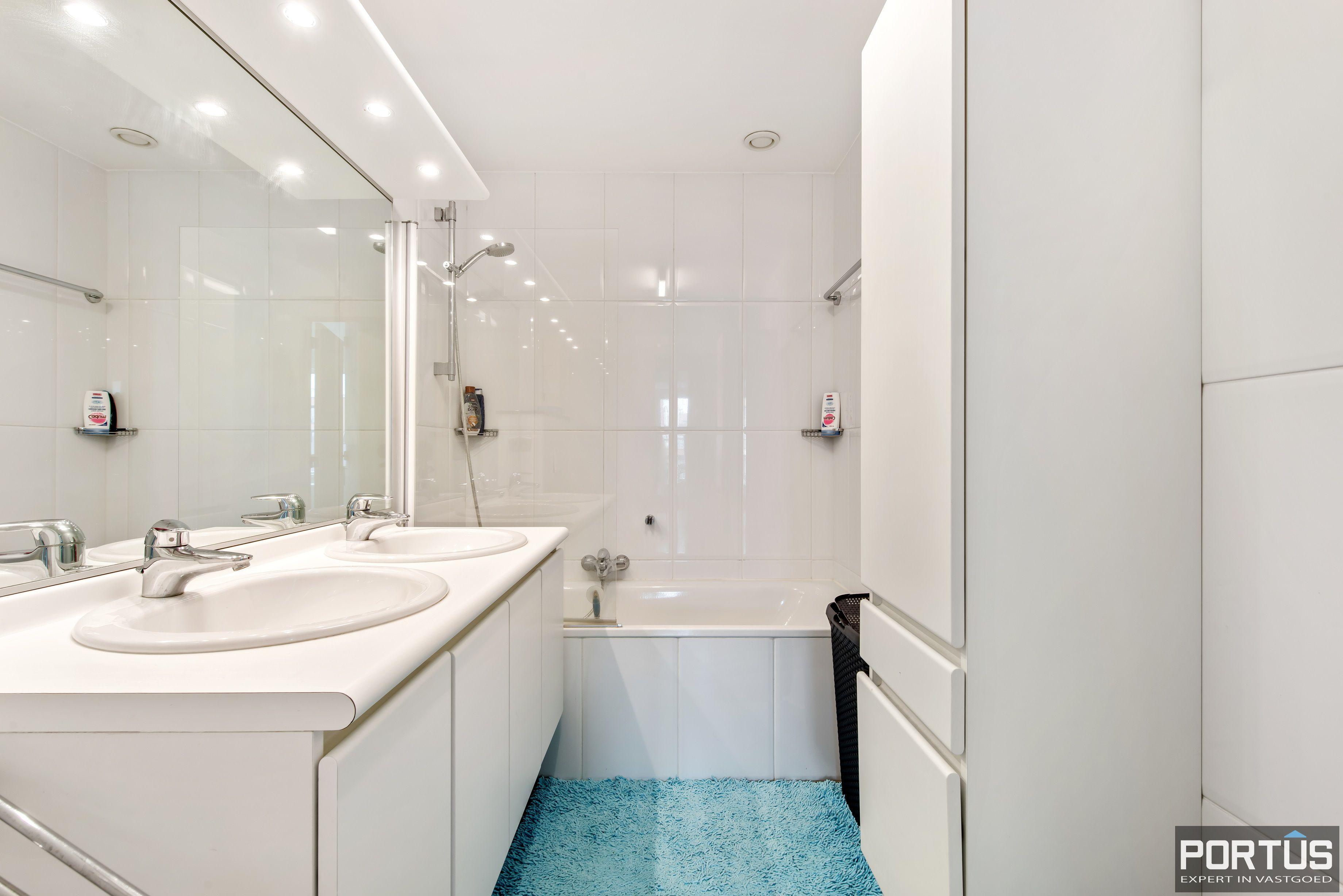 Zongericht appartement met 2 slaapkamers te koop - 10744