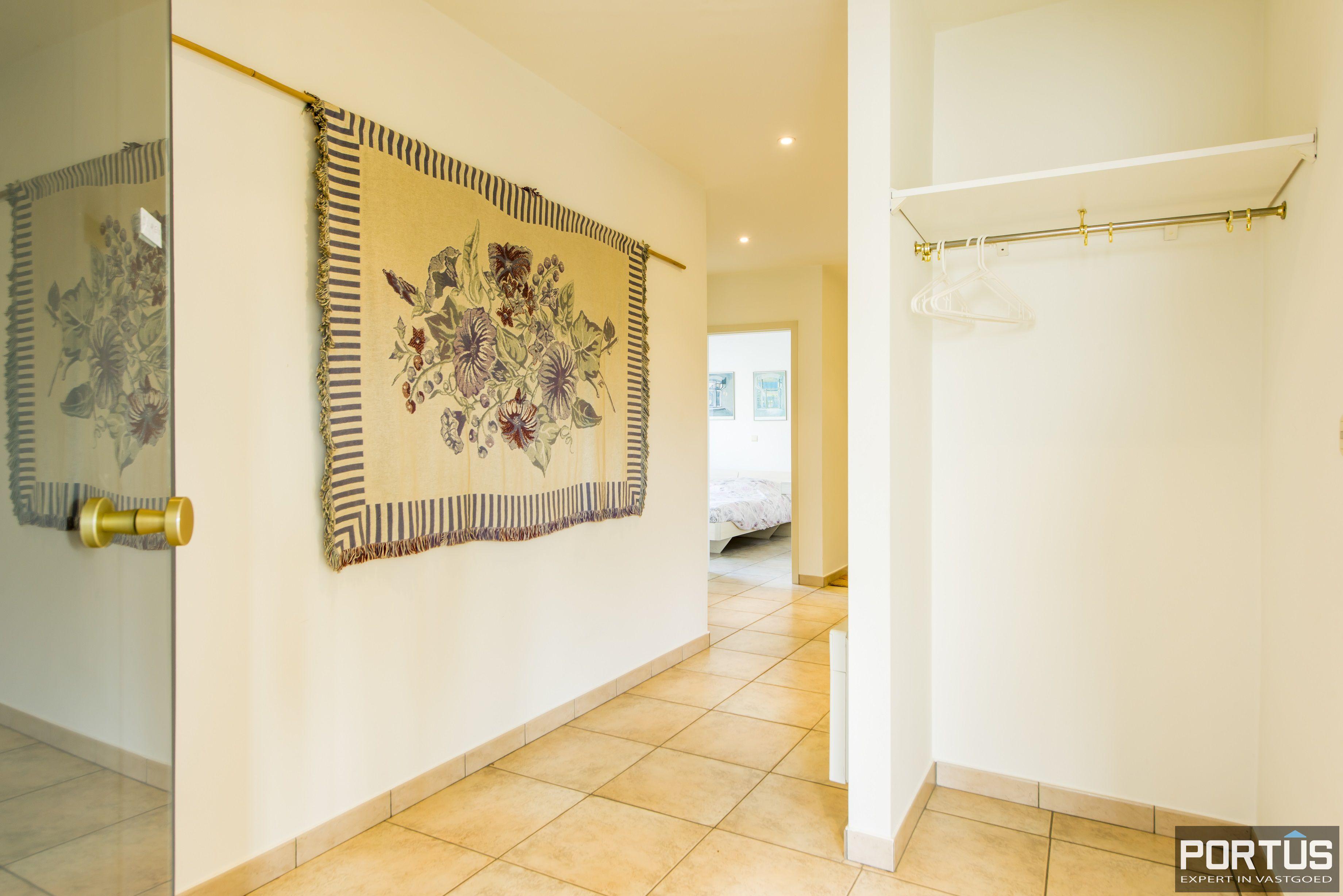 Zongericht en rustig gelegen appartement met 3 slaapkamers te koop te Oostduinkerke - 10693